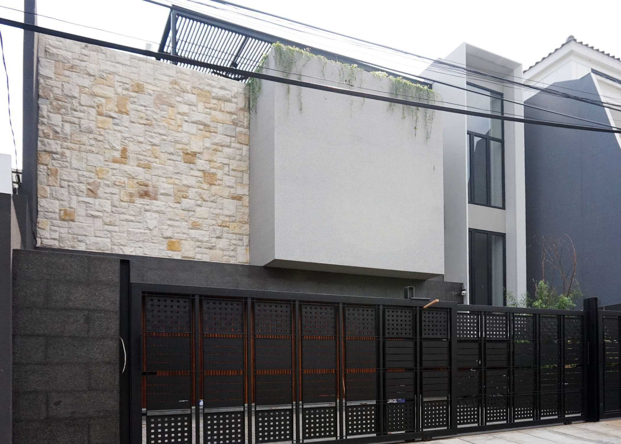 Monokroma Architect Dicky House   3-Fasade-2 Modern  33528
