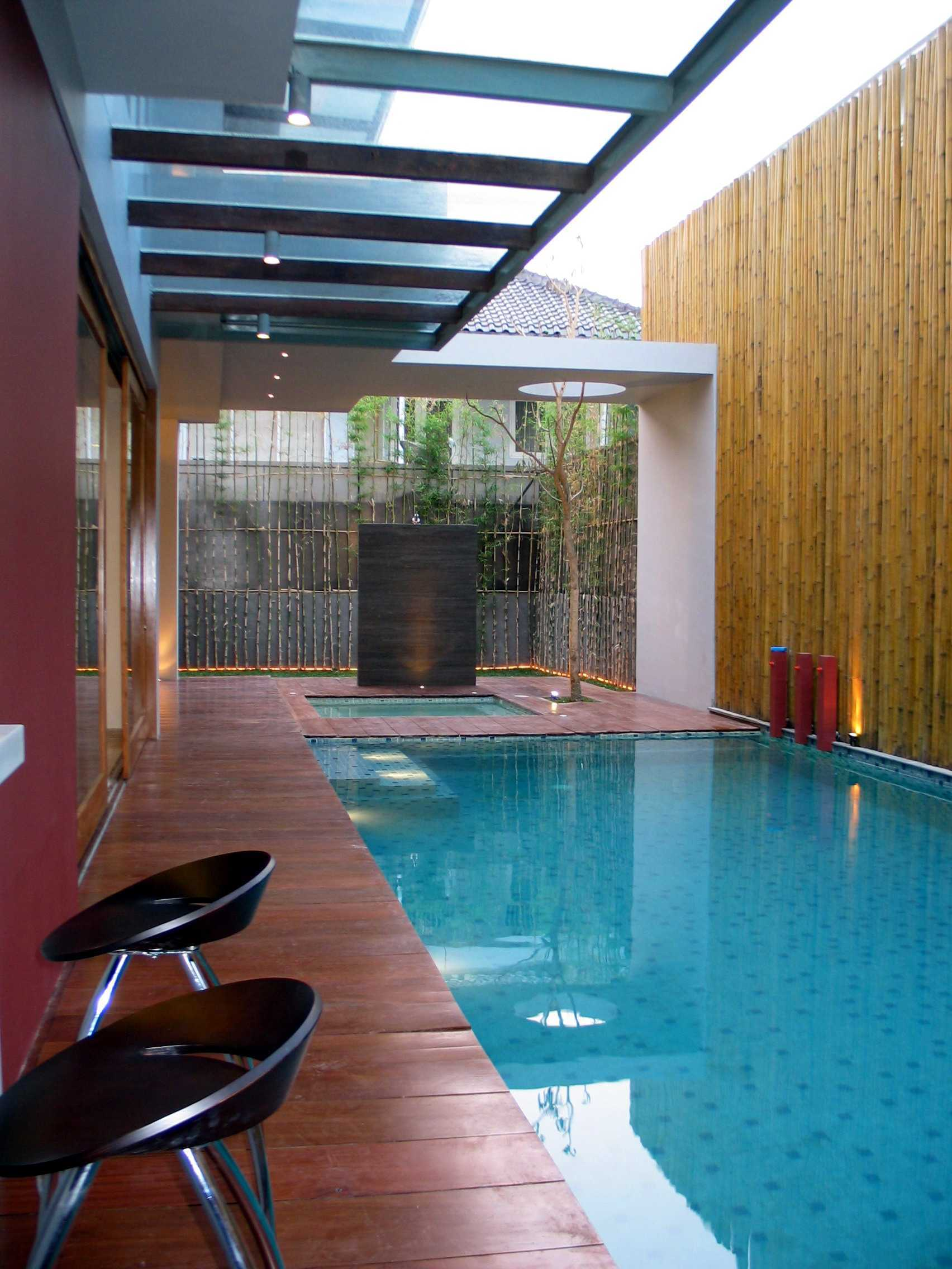 Herryj Architects Gv House Lippo Karawaci Lippo Karawaci Swimming Pool Area Tropis  23925