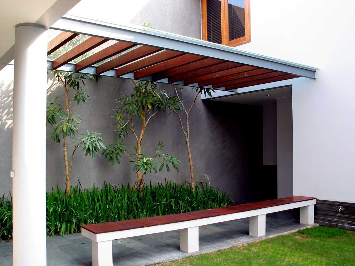 Herryj Architects 2 House Jakarta Jakarta Selasar-02 Tropis  23892