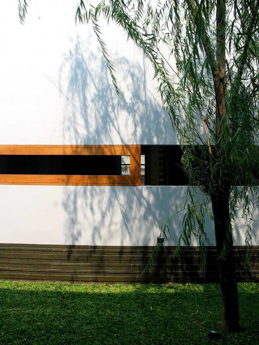 Herryj Architects 2 House Jakarta Jakarta Img0005 Tropis  23898