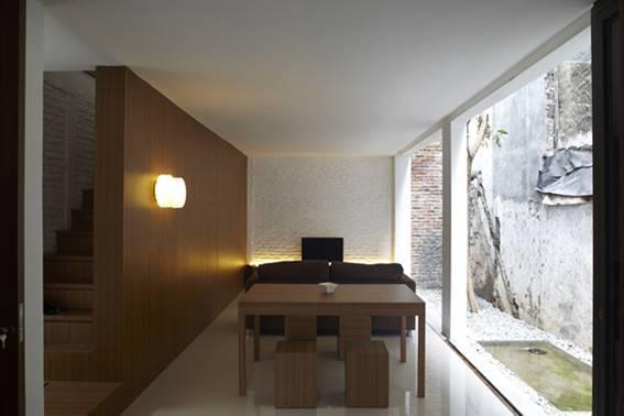 Sontang M Siregar Compact House  Jakarta, Indonesia Jakarta, Indonesia Compact House Living Room   6042