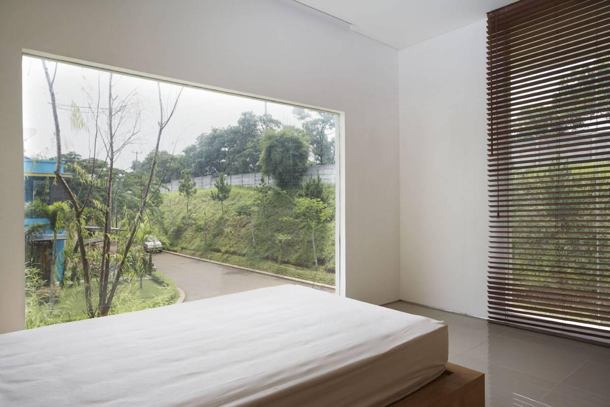 Sontang M Siregar House At Legenda Wisata Cibubur, Indonesia Cibubur, Indonesia Bedroom-3 Tropis  6068