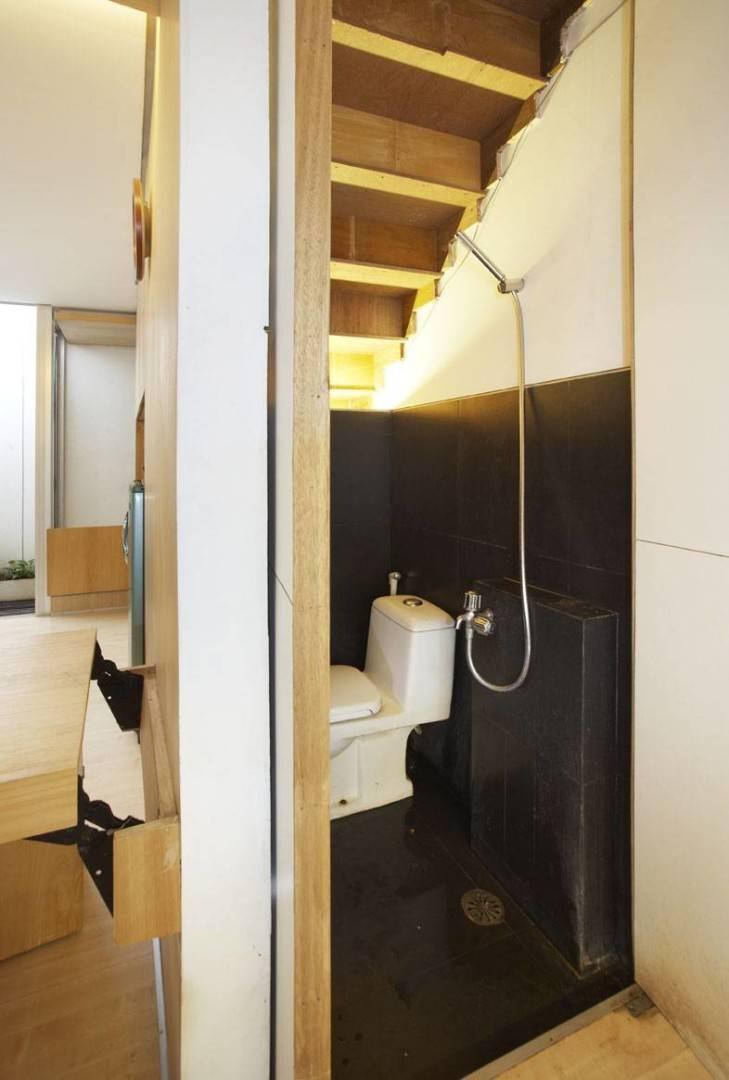 Sontang M Siregar 51 Sqm House Jakarta, Indonesia Jakarta, Indonesia Toilet Minimalis  6105