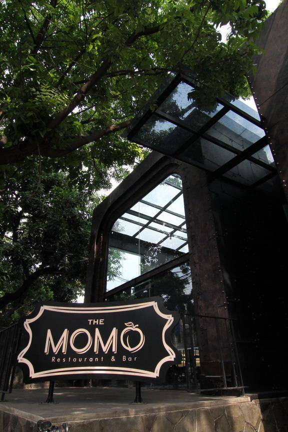 Julio Julianto The Momo Restaurant And Bar At Senopati Jakarta, Indonesia Jakarta, Indonesia Facade-View-2 Kontemporer  5875