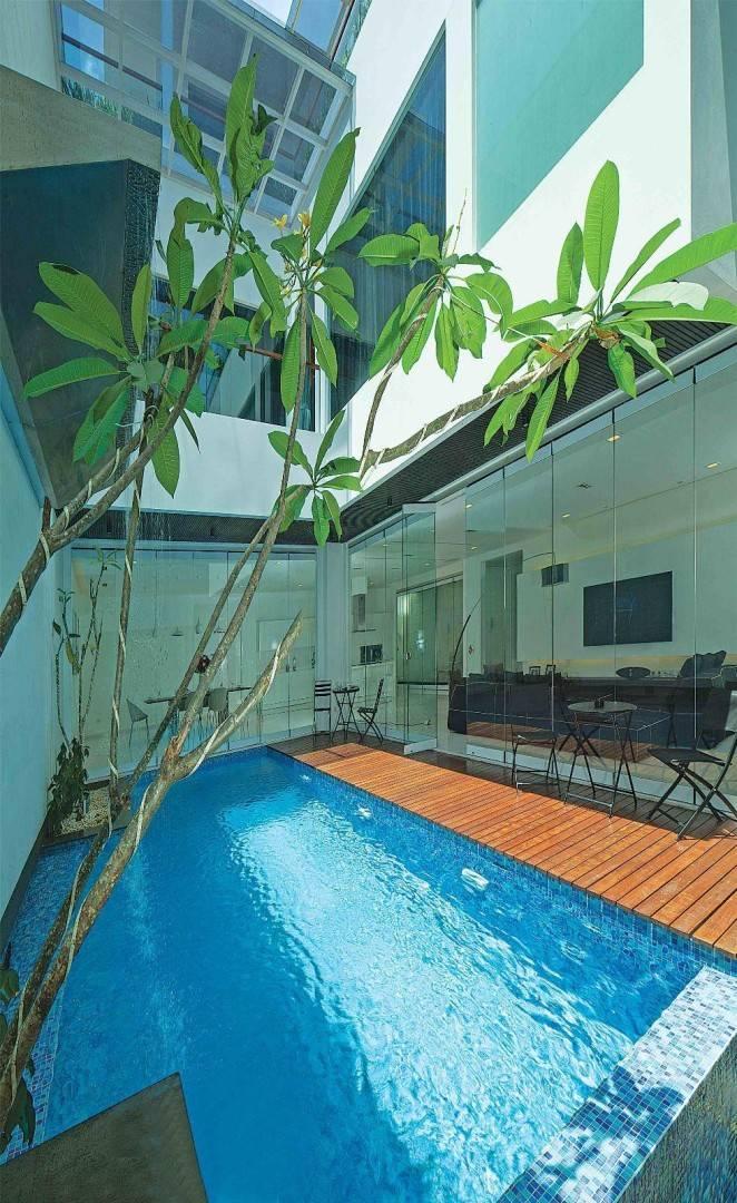 Julio Julianto The Minimal White House At Jimbaran Asri Bali, Indonesia Bali, Indonesia Pool Modern  5914