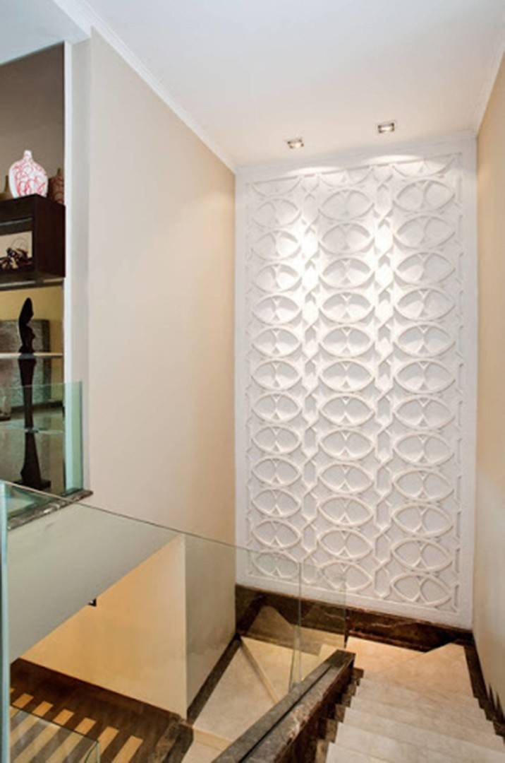 Iwan Sastrawiguna Geometric Illusion  Jakarta, Indonesia Jakarta, Indonesia Staircase Klasik,kontemporer <P>Patterns Of Interwoven Rectangles, Circles, And Oval Are Used For This Stair Landing Wall. These Swirling And Interlocking Patterns Give Us Pleasant Symmetries And Illusion.</p> 6555