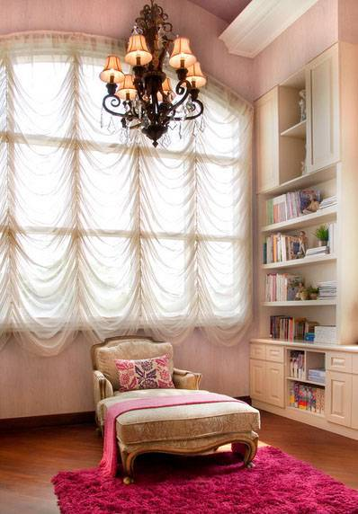 Iwan Sastrawiguna Colonial Modern Tropical Jakarta, Indonesia Jakarta, Indonesia Studyroom Modern <P>A Pinkish Feminine Ambiance Is Specifically Created For Adeline' Study Room.</p> 6624