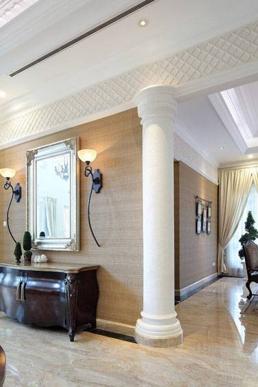 Iwan Sastrawiguna Classic In White Lattice Jakarta, Indonesia Jakarta, Indonesia Hallway Kontemporer <P>White Stone Lattices Are Placed On Top Of The Walls Between Dining Room And Hallway.</p> 6635