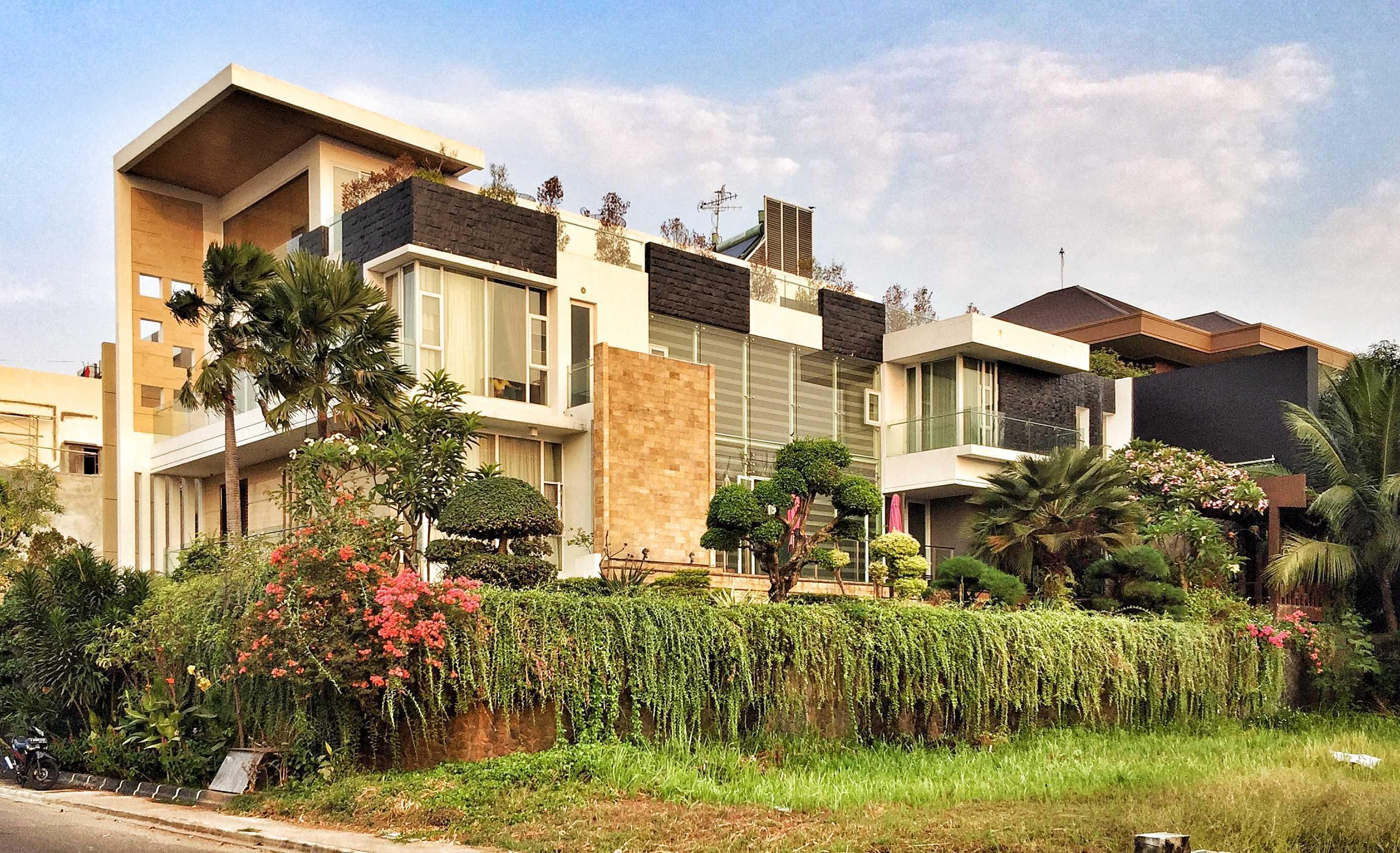 Ed Architect Modern Private House 1 Ancol, Pademangan, North Jakarta City, Jakarta, Indonesia Ancol, Pademangan, North Jakarta City, Jakarta, Indonesia Fullsizerender Modern  34386