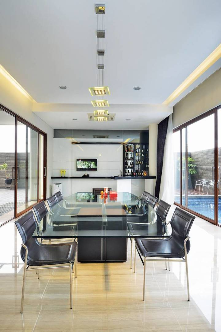 "Studio Denny Setiawan Green Garden House Jakarta, Indonesia Jakarta, Indonesia Dining-Area  <P><!-- [If Gte Mso 9]><Xml>  <O:officedocumentsettings>   <O:allowpng/>  </o:officedocumentsettings> </xml><![Endif]--></p> <P><!-- [If Gte Mso 9]><Xml>  <W:worddocument>   <W:view>Normal</w:view>   <W:zoom>0</w:zoom>   <W:trackmoves/>   <W:trackformatting/>   <W:punctuationkerning/>   <W:validateagainstschemas/>   <W:saveifxmlinvalid>False</w:saveifxmlinvalid>   <W:ignoremixedcontent>False</w:ignoremixedcontent>   <W:alwaysshowplaceholdertext>False</w:alwaysshowplaceholdertext>   <W:donotpromoteqf/>   <W:lidthemeother>En-Us</w:lidthemeother>   <W:lidthemeasian>X-None</w:lidthemeasian>   <W:lidthemecomplexscript>X-None</w:lidthemecomplexscript>   <W:compatibility>    <W:breakwrappedtables/>    <W:snaptogridincell/>    <W:wraptextwithpunct/>    <W:useasianbreakrules/>    <W:dontgrowautofit/>    <W:splitpgbreakandparamark/>    <W:enableopentypekerning/>    <W:dontflipmirrorindents/>    <W:overridetablestylehps/>   </w:compatibility>   <M:mathpr>    <M:mathfont M:val=""cambria Math""/>    <M:brkbin M:val=""before""/>    <M:brkbinsub M:val=""&#45;-""/>    <M:smallfrac M:val=""off""/>    <M:dispdef/>    <M:lmargin M:val=""0""/>    <M:rmargin M:val=""0""/>    <M:defjc M:val=""centergroup""/>    <M:wrapindent M:val=""1440""/>    <M:intlim M:val=""subsup""/>    <M:narylim M:val=""undovr""/>   </m:mathpr></w:worddocument> </xml><![Endif]--><!-- [If Gte Mso 9]><Xml>  <W:latentstyles Deflockedstate=""false"" Defunhidewhenused=""true""   Defsemihidden=""true"" Defqformat=""false"" Defpriority=""99""   Latentstylecount=""267"">   <W:lsdexception Locked=""false"" Priority=""0"" Semihidden=""false""    Unhidewhenused=""false"" Qformat=""true"" Name=""normal""/>   <W:lsdexception Locked=""false"" Priority=""9"" Semihidden=""false""    Unhidewhenused=""false"" Qformat=""true"" Name=""heading 1""/>   <W:lsdexception Locked=""false"" Priority=""9"" Qformat=""true"" Name=""heading 2""/>   <W:lsdexception Locked=""false"" Priority=""9"" Qformat=""true"" Name=""heading 3""/>   <W:lsdexception Locked=""false"" Priority=""9"" Qformat=""true"" Name=""heading 4""/>   <W:lsdexception Locked=""false"" Priority=""9"" Qformat=""true"" Name=""heading 5""/>   <W:lsdexception Locked=""false"" Priority=""9"" Qformat=""true"" Name=""heading 6""/>   <W:lsdexception Locked=""false"" Priority=""9"" Qformat=""true"" Name=""heading 7""/>   <W:lsdexception Locked=""false"" Priority=""9"" Qformat=""true"" Name=""heading 8""/>   <W:lsdexception Locked=""false"" Priority=""9"" Qformat=""true"" Name=""heading 9""/>   <W:lsdexception Locked=""false"" Priority=""39"" Name=""toc 1""/>   <W:lsdexception Locked=""false"" Priority=""39"" Name=""toc 2""/>   <W:lsdexception Locked=""false"" Priority=""39"" Name=""toc 3""/>   <W:lsdexception Locked=""false"" Priority=""39"" Name=""toc 4""/>   <W:lsdexception Locked=""false"" Priority=""39"" Name=""toc 5""/>   <W:lsdexception Locked=""false"" Priority=""39"" Name=""toc 6""/>   <W:lsdexception Locked=""false"" Priority=""39"" Name=""toc 7""/>   <W:lsdexception Locked=""false"" Priority=""39"" Name=""toc 8""/>   <W:lsdexception Locked=""false"" Priority=""39"" Name=""toc 9""/>   <W:lsdexception Locked=""false"" Priority=""35"" Qformat=""true"" Name=""caption""/>   <W:lsdexception Locked=""false"" Priority=""10"" Semihidden=""false""    Unhidewhenused=""false"" Qformat=""true"" Name=""title""/>   <W:lsdexception Locked=""false"" Priority=""1"" Name=""default Paragraph Font""/>   <W:lsdexception Locked=""false"" Priority=""11"" Semihidden=""false""    Unhidewhenused=""false"" Qformat=""true"" Name=""subtitle""/>   <W:lsdexception Locked=""false"" Priority=""22"" Semihidden=""false""    Unhidewhenused=""false"" Qformat=""true"" Name=""strong""/>   <W:lsdexception Locked=""false"" Priority=""20"" Semihidden=""false""    Unhidewhenused=""false"" Qformat=""true"" Name=""emphasis""/>   <W:lsdexception Locked=""false"" Priority=""59"" Semihidden=""false""    Unhidewhenused=""false"" Name=""table Grid""/>   <W:lsdexception Locked=""false"" Unhidewhenused=""false"" Name=""placeholder Text""/>   <W:lsdexception Locked=""false"" Priority=""1"" Semihidden=""false""    Unhidewhenused=""false"" Qformat=""true"" Name=""no Spacing""/>   <W:lsdexception Locked=""false"" Priority=""60"" Semihidden=""false""    Unhidewhenused=""false"" Name=""light Shading""/>   <W:lsdexception Locked=""false"" Priority=""61"" Semihidden=""false""    Unhidewhenused=""false"" Name=""light List""/>   <W:lsdexception Locked=""false"" Priority=""62"" Semihidden=""false""    Unhidewhenused=""false"" Name=""light Grid""/>   <W:lsdexception Locked=""false"" Priority=""63"" Semihidden=""false""    Unhidewhenused=""false"" Name=""medium Shading 1""/>   <W:lsdexception Locked=""false"" Priority=""64"" Semihidden=""false""    Unhidewhenused=""false"" Name=""medium Shading 2""/>   <W:lsdexception Locked=""false"" Priority=""65"" Semihidden=""false""    Unhidewhenused=""false"" Name=""medium List 1""/>   <W:lsdexception Locked=""false"" Priority=""66"" Semihidden=""false""    Unhidewhenused=""false"" Name=""medium List 2""/>   <W:lsdexception Locked=""false"" Priority=""67"" Semihidden=""false""    Unhidewhenused=""false"" Name=""medium Grid 1""/>   <W:lsdexception Locked=""false"" Priority=""68"" Semihidden=""false""    Unhidewhenused=""false"" Name=""medium Grid 2""/>   <W:lsdexception Locked=""false"" Priority=""69"" Semihidden=""false""    Unhidewhenused=""false"" Name=""medium Grid 3""/>   <W:lsdexception Locked=""false"" Priority=""70"" Semihidden=""false""    Unhidewhenused=""false"" Name=""dark List""/>   <W:lsdexception Locked=""false"" Priority=""71"" Semihidden=""false""    Unhidewhenused=""false"" Name=""colorful Shading""/>   <W:lsdexception Locked=""false"" Priority=""72"" Semihidden=""false""    Unhidewhenused=""false"" Name=""colorful List""/>   <W:lsdexception Locked=""false"" Priority=""73"" Semihidden=""false""    Unhidewhenused=""false"" Name=""colorful Grid""/>   <W:lsdexception Locked=""false"" Priority=""60"" Semihidden=""false""    Unhidewhenused=""false"" Name=""light Shading Accent 1""/>   <W:lsdexception Locked=""false"" Priority=""61"" Semihidden=""false""    Unhidewhenused=""false"" Name=""light List Accent 1""/>   <W:lsdexception Locked=""false"" Priority=""62"" Semihidden=""false""    Unhidewhenused=""false"" Name=""light Grid Accent 1""/>   <W:lsdexception Locked=""false"" Priority=""63"" Semihidden=""false""    Unhidewhenused=""false"" Name=""medium Shading 1 Accent 1""/>   <W:lsdexception Locked=""false"" Priority=""64"" Semihidden=""false""    Unhidewhenused=""false"" Name=""medium Shading 2 Accent 1""/>   <W:lsdexception Locked=""false"" Priority=""65"" Semihidden=""false""    Unhidewhenused=""false"" Name=""medium List 1 Accent 1""/>   <W:lsdexception Locked=""false"" Unhidewhenused=""false"" Name=""revision""/>   <W:lsdexception Locked=""false"" Priority=""34"" Semihidden=""false""    Unhidewhenused=""false"" Qformat=""true"" Name=""list Paragraph""/>   <W:lsdexception Locked=""false"" Priority=""29"" Semihidden=""false""    Unhidewhenused=""false"" Qformat=""true"" Name=""quote""/>   <W:lsdexception Locked=""false"" Priority=""30"" Semihidden=""false""    Unhidewhenused=""false"" Qformat=""true"" Name=""intense Quote""/>   <W:lsdexception Locked=""false"" Priority=""66"" Semihidden=""false""    Unhidewhenused=""false"" Name=""medium List 2 Accent 1""/>   <W:lsdexception Locked=""false"" Priority=""67"" Semihidden=""false""    Unhidewhenused=""false"" Name=""medium Grid 1 Accent 1""/>   <W:lsdexception Locked=""false"" Priority=""68"" Semihidden=""false""    Unhidewhenused=""false"" Name=""medium Grid 2 Accent 1""/>   <W:lsdexception Locked=""false"" Priority=""69"" Semihidden=""false""    Unhidewhenused=""false"" Name=""medium Grid 3 Accent 1""/>   <W:lsdexception Locked=""false"" Priority=""70"" Semihidden=""false""    Unhidewhenused=""false"" Name=""dark List Accent 1""/>   <W:lsdexception Locked=""false"" Priority=""71"" Semihidden=""false""    Unhidewhenused=""false"" Name=""colorful Shading Accent 1""/>   <W:lsdexception Locked=""false"" Priority=""72"" Semihidden=""false""    Unhidewhenused=""false"" Name=""colorful List Accent 1""/>   <W:lsdexception Locked=""false"" Priority=""73"" Semihidden=""false""    Unhidewhenused=""false"" Name=""colorful Grid Accent 1""/>   <W:lsdexception Locked=""false"" Priority=""60"" Semihidden=""false""    Unhidewhenused=""false"" Name=""light Shading Accent 2""/>   <W:lsdexception Locked=""false"" Priority=""61"" Semihidden=""false""    Unhidewhenused=""false"" Name=""light List Accent 2""/>   <W:lsdexception Locked=""false"" Priority=""62"" Semihidden=""false""    Unhidewhenused=""false"" Name=""light Grid Accent 2""/>   <W:lsdexception Locked=""false"" Priority=""63"" Semihidden=""false""    Unhidewhenused=""false"" Name=""medium Shading 1 Accent 2""/>   <W:lsdexception Locked=""false"" Priority=""64"" Semihidden=""false""    Unhidewhenused=""false"" Name=""medium Shading 2 Accent 2""/>   <W:lsdexception Locked=""false"" Priority=""65"" Semihidden=""false""    Unhidewhenused=""false"" Name=""medium List 1 Accent 2""/>   <W:lsdexception Locked=""false"" Priority=""66"" Semihidden=""false""    Unhidewhenused=""false"" Name=""medium List 2 Accent 2""/>   <W:lsdexception Locked=""false"" Priority=""67"" Semihidden=""false""    Unhidewhenused=""false"" Name=""medium Grid 1 Accent 2""/>   <W:lsdexception Locked=""false"" Priority=""68"" Semihidden=""false""    Unhidewhenused=""false"" Name=""medium Grid 2 Accent 2""/>   <W:lsdexception Locked=""false"" Priority=""69"" Semihidden=""false""    Unhidewhenused=""false"" Name=""medium Grid 3 Accent 2""/>   <W:lsdexception Locked=""false"" Priority=""70"" Semihidden=""false""    Unhidewhenused=""false"" Name=""dark List Accent 2""/>   <W:lsdexception Locked=""false"" Priority=""71"" Semihidden=""false""    Unhidewhenused=""false"" Name=""colorful Shading Accent 2""/>   <W:lsdexception Locked=""false"" Priority=""72"" Semihidden=""false""    Unhidewhenused=""false"" Name=""colorful List Accent 2""/>   <W:lsdexception Locked=""false"" Priority=""73"" Semihidden=""false""    Unhidewhenused=""false"" Name=""colorful Grid Accent 2""/>   <W:lsdexception Locked=""false"" Priority=""60"" Semihidden=""false""    Unhidewhenused=""false"" Name=""light Shading Accent 3""/>   <W:lsdexception Locked=""false"" Priority=""61"" Semihidden=""false""    Unhidewhenused=""false"" Name=""light List Accent 3""/>   <W:lsdexception Locked=""false"" Priority=""62"" Semihidden=""false""    Unhidewhenused=""false"" Name=""light Grid Accent 3""/>   <W:lsdexception Locked=""false"" Priority=""63"" Semihidden=""false""    Unhidewhenused=""false"" Name=""medium Shading 1 Accent 3""/>   <W:lsdexception Locked=""false"" Priority=""64"" Semihidden=""false""    Unhidewhenused=""false"" Name=""medium Shading 2 Accent 3""/>   <W:lsdexception Locked=""false"" Priority=""65"" Semihidden=""false""    Unhidewhenused=""false"" Name=""medium List 1 Accent 3""/>   <W:lsdexception Locked=""false"" Priority=""66"" Semihidden=""false""    Unhidewhenused=""false"" Name=""medium List 2 Accent 3""/>   <W:lsdexception Locked=""false"" Priority=""67"" Semihidden=""false""    Unhidewhenused=""false"" Name=""medium Grid 1 Accent 3""/>   <W:lsdexception Locked=""false"" Priority=""68"" Semihidden=""false""    Unhidewhenused=""false"" Name=""medium Grid 2 Accent 3""/>   <W:lsdexception Locked=""false"" Priority=""69"" Semihidden=""false""    Unhidewhenused=""false"" Name=""medium Grid 3 Accent 3""/>   <W:lsdexception Locked=""false"" Priority=""70"" Semihidden=""false""    Unhidewhenused=""false"" Name=""dark List Accent 3""/>   <W:lsdexception Locked=""false"" Priority=""71"" Semihidden=""false""    Unhidewhenused=""false"" Name=""colorful Shading Accent 3""/>   <W:lsdexception Locked=""false"" Priority=""72"" Semihidden=""false""    Unhidewhenused=""false"" Name=""colorful List Accent 3""/>   <W:lsdexception Locked=""false"" Priority=""73"" Semihidden=""false""    Unhidewhenused=""false"" Name=""colorful Grid Accent 3""/>   <W:lsdexception Locked=""false"" Priority=""60"" Semihidden=""false""    Unhidewhenused=""false"" Name=""light Shading Accent 4""/>   <W:lsdexception Locked=""false"" Priority=""61"" Semihidden=""false""    Unhidewhenused=""false"" Name=""light List Accent 4""/>   <W:lsdexception Locked=""false"" Priority=""62"" Semihidden=""false""    Unhidewhenused=""false"" Name=""light Grid Accent 4""/>   <W:lsdexception Locked=""false"" Priority=""63"" Semihidden=""false""    Unhidewhenused=""false"" Name=""medium Shading 1 Accent 4""/>   <W:lsdexception Locked=""false"" Priority=""64"" Semihidden=""false""    Unhidewhenused=""false"" Name=""medium Shading 2 Accent 4""/>   <W:lsdexception Locked=""false"" Priority=""65"" Semihidden=""false""    Unhidewhenused=""false"" Name=""medium List 1 Accent 4""/>   <W:lsdexception Locked=""false"" Priority=""66"" Semihidden=""false""    Unhidewhenused=""false"" Name=""medium List 2 Accent 4""/>   <W:lsdexception Locked=""false"" Priority=""67"" Semihidden=""false""    Unhidewhenused=""false"" Name=""medium Grid 1 Accent 4""/>   <W:lsdexception Locked=""false"" Priority=""68"" Semihidden=""false""    Unhidewhenused=""false"" Name=""medium Grid 2 Accent 4""/>   <W:lsdexception Locked=""false"" Priority=""69"" Semihidden=""false""    Unhidewhenused=""false"" Name=""medium Grid 3 Accent 4""/>   <W:lsdexception Locked=""false"" Priority=""70"" Semihidden=""false""    Unhidewhenused=""false"" Name=""dark List Accent 4""/>   <W:lsdexception Locked=""false"" Priority=""71"" Semihidden=""false""    Unhidewhenused=""false"" Name=""colorful Shading Accent 4""/>   <W:lsdexception Locked=""false"" Priority=""72"" Semihidden=""false""    Unhidewhenused=""false"" Name=""colorful List Accent 4""/>   <W:lsdexception Locked=""false"" Priority=""73"" Semihidden=""false""    Unhidewhenused=""false"" Name=""colorful Grid Accent 4""/>   <W:lsdexception Locked=""false"" Priority=""60"" Semihidden=""false""    Unhidewhenused=""false"" Name=""light Shading Accent 5""/>   <W:lsdexception Locked=""false"" Priority=""61"" Semihidden=""false""    Unhidewhenused=""false"" Name=""light List Accent 5""/>   <W:lsdexception Locked=""false"" Priority=""62"" Semihidden=""false""    Unhidewhenused=""false"" Name=""light Grid Accent 5""/>   <W:lsdexception Locked=""false"" Priority=""63"" Semihidden=""false""    Unhidewhenused=""false"" Name=""medium Shading 1 Accent 5""/>   <W:lsdexception Locked=""false"" Priority=""64"" Semihidden=""false""    Unhidewhenused=""false"" Name=""medium Shading 2 Accent 5""/>   <W:lsdexception Locked=""false"" Priority=""65"" Semihidden=""false""    Unhidewhenused=""false"" Name=""medium List 1 Accent 5""/>   <W:lsdexception Locked=""false"" Priority=""66"" Semihidden=""false""    Unhidewhenused=""false"" Name=""medium List 2 Accent 5""/>   <W:lsdexception Locked=""false"" Priority=""67"" Semihidden=""false""    Unhidewhenused=""false"" Name=""medium Grid 1 Accent 5""/>   <W:lsdexception Locked=""false"" Priority=""68"" Semihidden=""false""    Unhidewhenused=""false"" Name=""medium Grid 2 Accent 5""/>   <W:lsdexception Locked=""false"" Priority=""69"" Semihidden=""false""    Unhidewhenused=""false"" Name=""medium Grid 3 Accent 5""/>   <W:lsdexception Locked=""false"" Priority=""70"" Semihidden=""false""    Unhidewhenused=""false"" Name=""dark List Accent 5""/>   <W:lsdexception Locked=""false"" Priority=""71"" Semihidden=""false""    Unhidewhenused=""false"" Name=""colorful Shading Accent 5""/>   <W:lsdexception Locked=""false"" Priority=""72"" Semihidden=""false""    Unhidewhenused=""false"" Name=""colorful List Accent 5""/>   <W:lsdexception Locked=""false"" Priority=""73"" Semihidden=""false""    Unhidewhenused=""false"" Name=""colorful Grid Accent 5""/>   <W:lsdexception Locked=""false"" Priority=""60"" Semihidden=""false""    Unhidewhenused=""false"" Name=""light Shading Accent 6""/>   <W:lsdexception Locked=""false"" Priority=""61"" Semihidden=""false""    Unhidewhenused=""false"" Name=""light List Accent 6""/>   <W:lsdexception Locked=""false"" Priority=""62"" Semihidden=""false""    Unhidewhenused=""false"" Name=""light Grid Accent 6""/>   <W:lsdexception Locked=""false"" Priority=""63"" Semihidden=""false""    Unhidewhenused=""false"" Name=""medium Shading 1 Accent 6""/>   <W:lsdexception Locked=""false"" Priority=""64"" Semihidden=""false""    Unhidewhenused=""false"" Name=""medium Shading 2 Accent 6""/>   <W:lsdexception Locked=""false"" Priority=""65"" Semihidden=""false""    Unhidewhenused=""false"" Name=""medium List 1 Accent 6""/>   <W:lsdexception Locked=""false"" Priority=""66"" Semihidden=""false""    Unhidewhenused=""false"" Name=""medium List 2 Accent 6""/>   <W:lsdexception Locked=""false"" Priority=""67"" Semihidden=""false""    Unhidewhenused=""false"" Name=""medium Grid 1 Accent 6""/>   <W:lsdexception Locked=""false"" Priority=""68"" Semihidden=""false""    Unhidewhenused=""false"" Name=""medium Grid 2 Accent 6""/>   <W:lsdexception Locked=""false"" Priority=""69"" Semihidden=""false""    Unhidewhenused=""false"" Name=""medium Grid 3 Accent 6""/>   <W:lsdexception Locked=""false"" Priority=""70"" Semihidden=""false""    Unhidewhenused=""false"" Name=""dark List Accent 6""/>   <W:lsdexception Locked=""false"" Priority=""71"" Semihidden=""false""    Unhidewhenused=""false"" Name=""colorful Shading Accent 6""/>   <W:lsdexception Locked=""false"" Priority=""72"" Semihidden=""false""    Unhidewhenused=""false"" Name=""colorful List Accent 6""/>   <W:lsdexception Locked=""false"" Priority=""73"" Semihidden=""false""    Unhidewhenused=""false"" Name=""colorful Grid Accent 6""/>   <W:lsdexception Locked=""false"" Priority=""19"" Semihidden=""false""    Unhidewhenused=""false"" Qformat=""true"" Name=""subtle Emphasis""/>   <W:lsdexception Locked=""false"" Priority=""21"" Semihidden=""false""    Unhidewhenused=""false"" Qformat=""true"" Name=""intense Emphasis""/>   <W:lsdexception Locked=""false"" Priority=""31"" Semihidden=""false""    Unhidewhenused=""false"" Qformat=""true"" Name=""subtle Reference""/>   <W:lsdexception Locked=""false"" Priority=""32"" Semihidden=""false""    Unhidewhenused=""false"" Qformat=""true"" Name=""intense Reference""/>   <W:lsdexception Locked=""false"" Priority=""33"" Semihidden=""false""    Unhidewhenused=""false"" Qformat=""true"" Name=""book Title""/>   <W:lsdexception Locked=""false"" Priority=""37"" Name=""bibliography""/>   <W:lsdexception Locked=""false"" Priority=""39"" Qformat=""true"" Name=""toc Heading""/>  </w:latentstyles> </xml><![Endif]--><!-- [If Gte Mso 10]> <Style>  /* Style Definitions */  Table.msonormaltable 	{Mso-Style-Name:""table Normal""; 	Mso-Tstyle-Rowband-Size:0; 	Mso-Tstyle-Colband-Size:0; 	Mso-Style-Noshow:yes; 	Mso-Style-Priority:99; 	Mso-Style-Parent:""""; 	Mso-Padding-Alt:0In 5.4Pt 0In 5.4Pt; 	Mso-Para-Margin-Top:0In; 	Mso-Para-Margin-Right:0In; 	Mso-Para-Margin-Bottom:10.0Pt; 	Mso-Para-Margin-Left:0In; 	Line-Height:115%; 	Mso-Pagination:widow-Orphan; 	Font-Size:11.0Pt; 	Font-Family:""calibri"",""sans-Serif""; 	Mso-Ascii-Font-Family:calibri; 	Mso-Ascii-Theme-Font:minor-Latin; 	Mso-Hansi-Font-Family:calibri; 	Mso-Hansi-Theme-Font:minor-Latin;} </style> <![Endif]--></p> <P Class=""msonormal"">Photography Copyright : Adeline Krisanti, Idea Dan Sefval Mogalana Photographer</p> 7401"