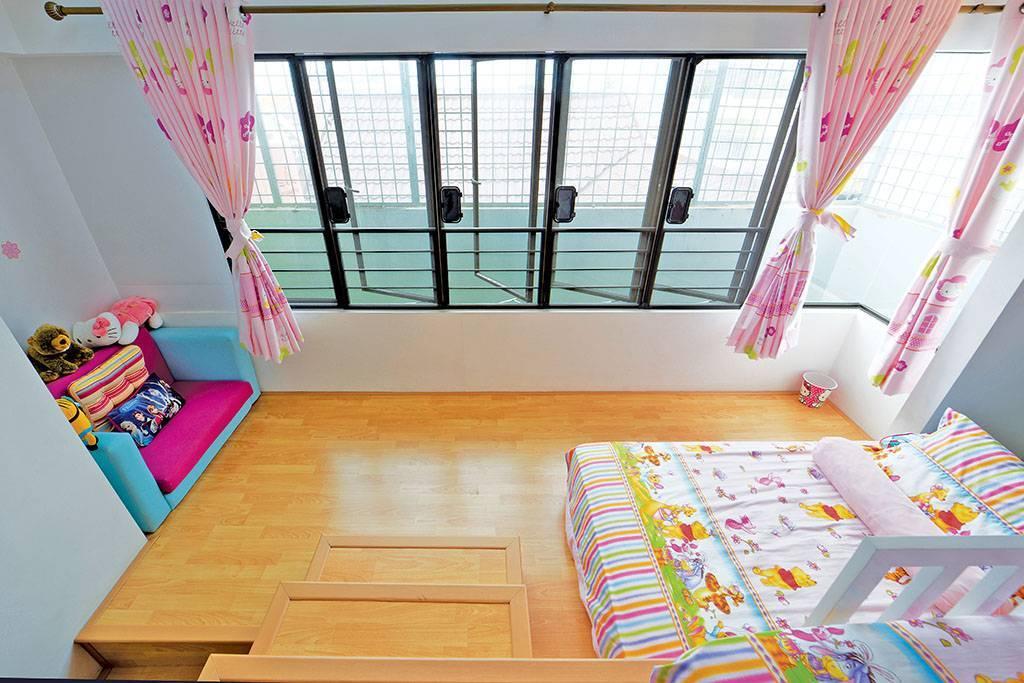 Studio Denny Setiawan Citra Garden House Jakarta, Indonesia Jakarta, Indonesia Daughter-Bedroom-View-1  <P>Photography Copyright : Richard Salampessy, Idea</p> 7431