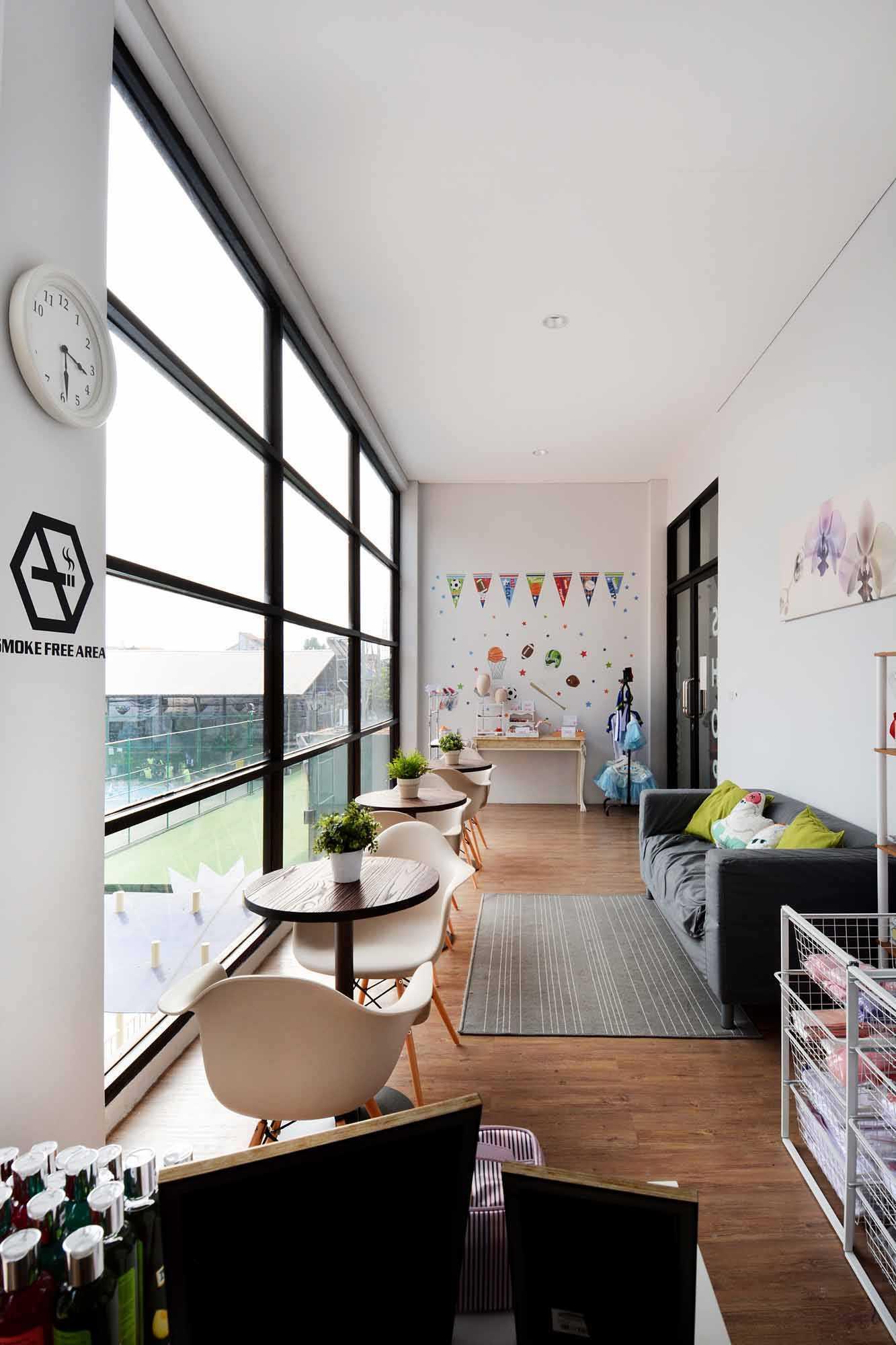 Studio Denny Setiawan Playfield Kids Academy West Jakarta West Jakarta Seating Area   23505