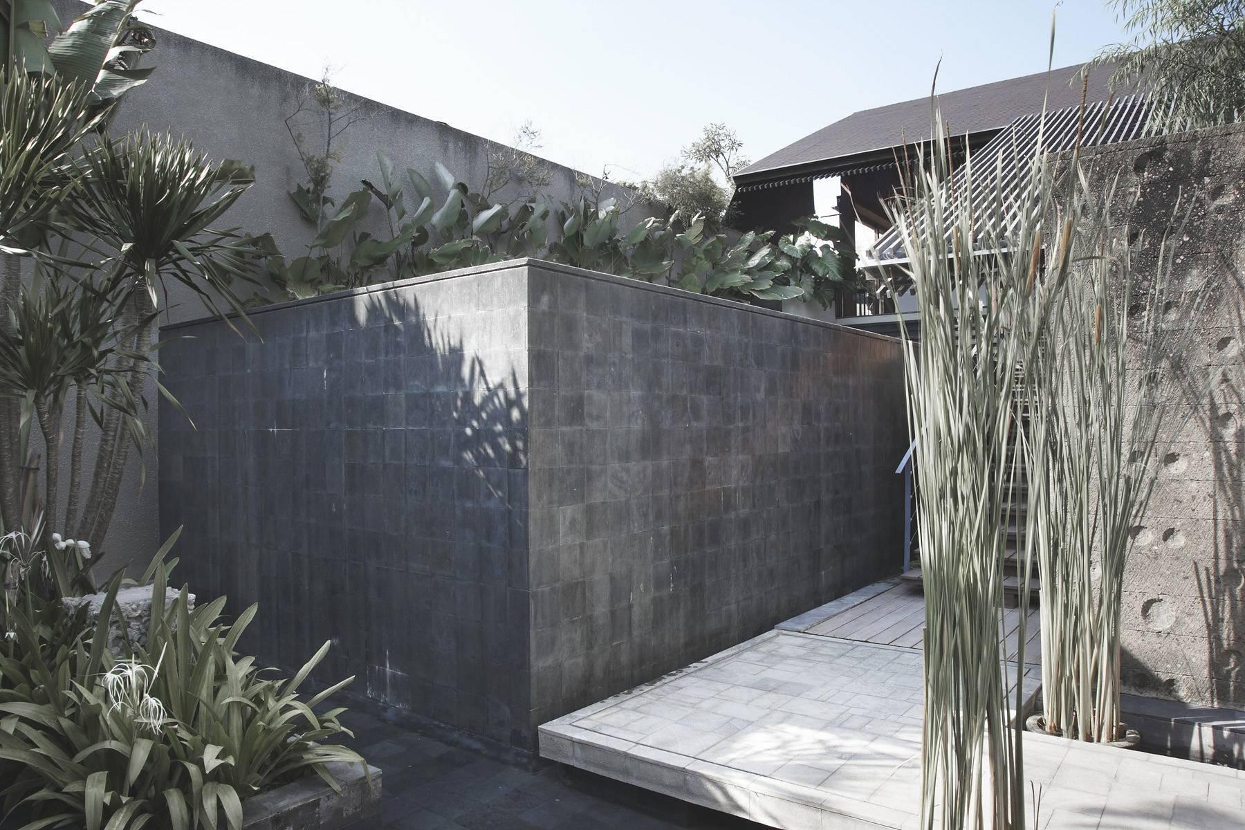 Antony Liu + Ferry Ridwan / Studio Tonton Ametis Villa Canggu, Bali Canggu, Bali Ametis Villa - Exterior Modern  7977