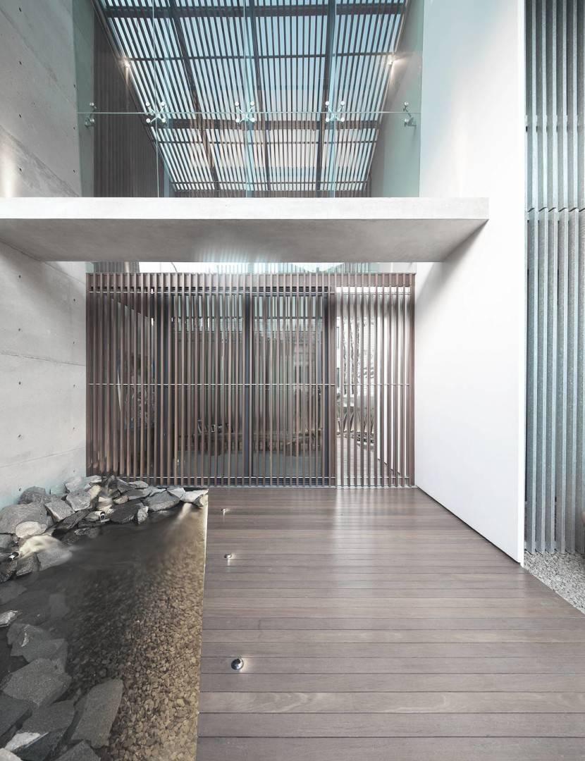 Antony Liu + Ferry Ridwan / Studio Tonton Mm House Permata Buana, Jakarta, Indonesia Permata Buana, Jakarta, Indonesia Entrance Modern  8145