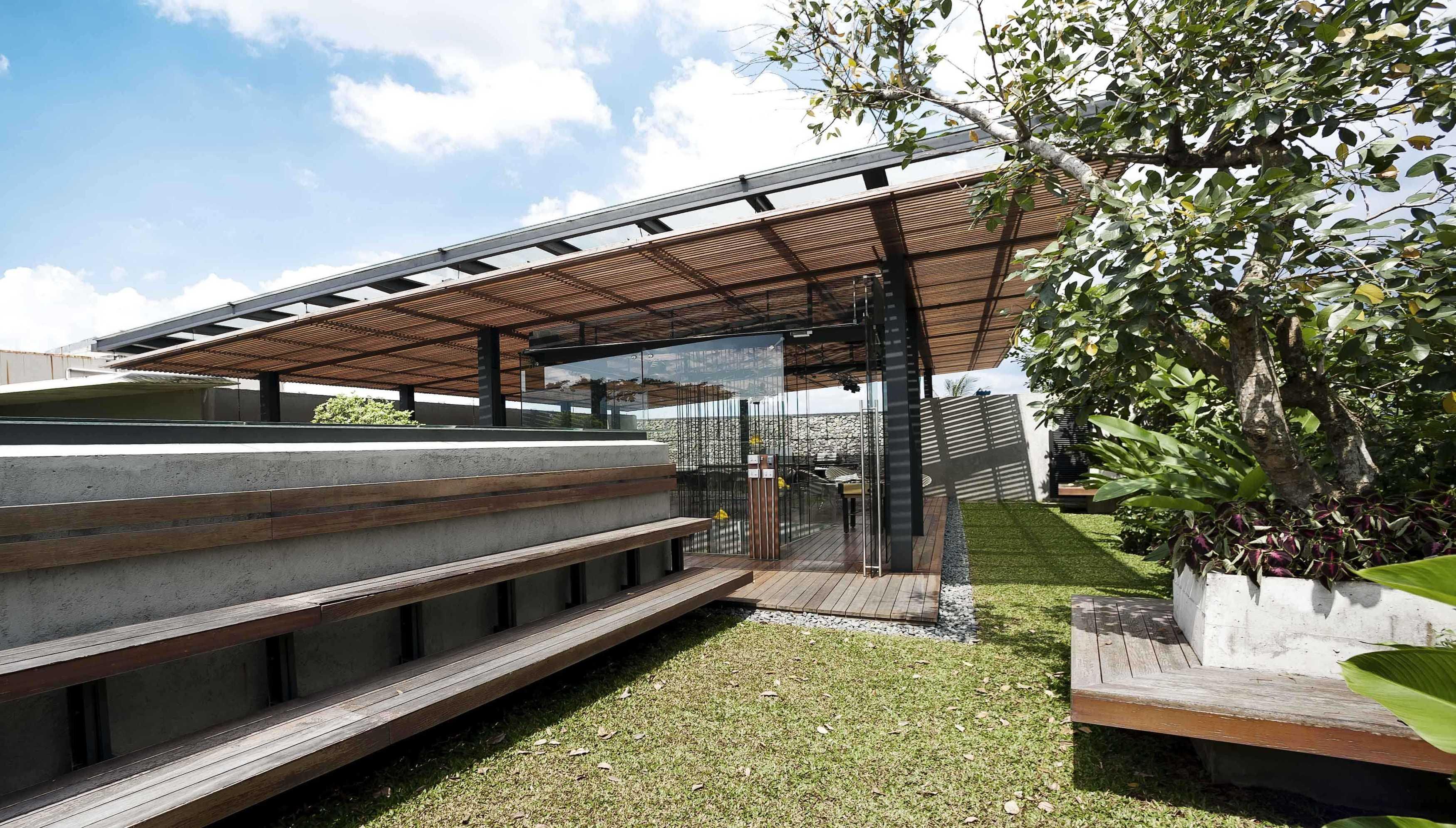 Chrystalline Artchitect Ampera Six Building Jakarta, Indonesia Jakarta, Indonesia Roof Garden Modern  8461