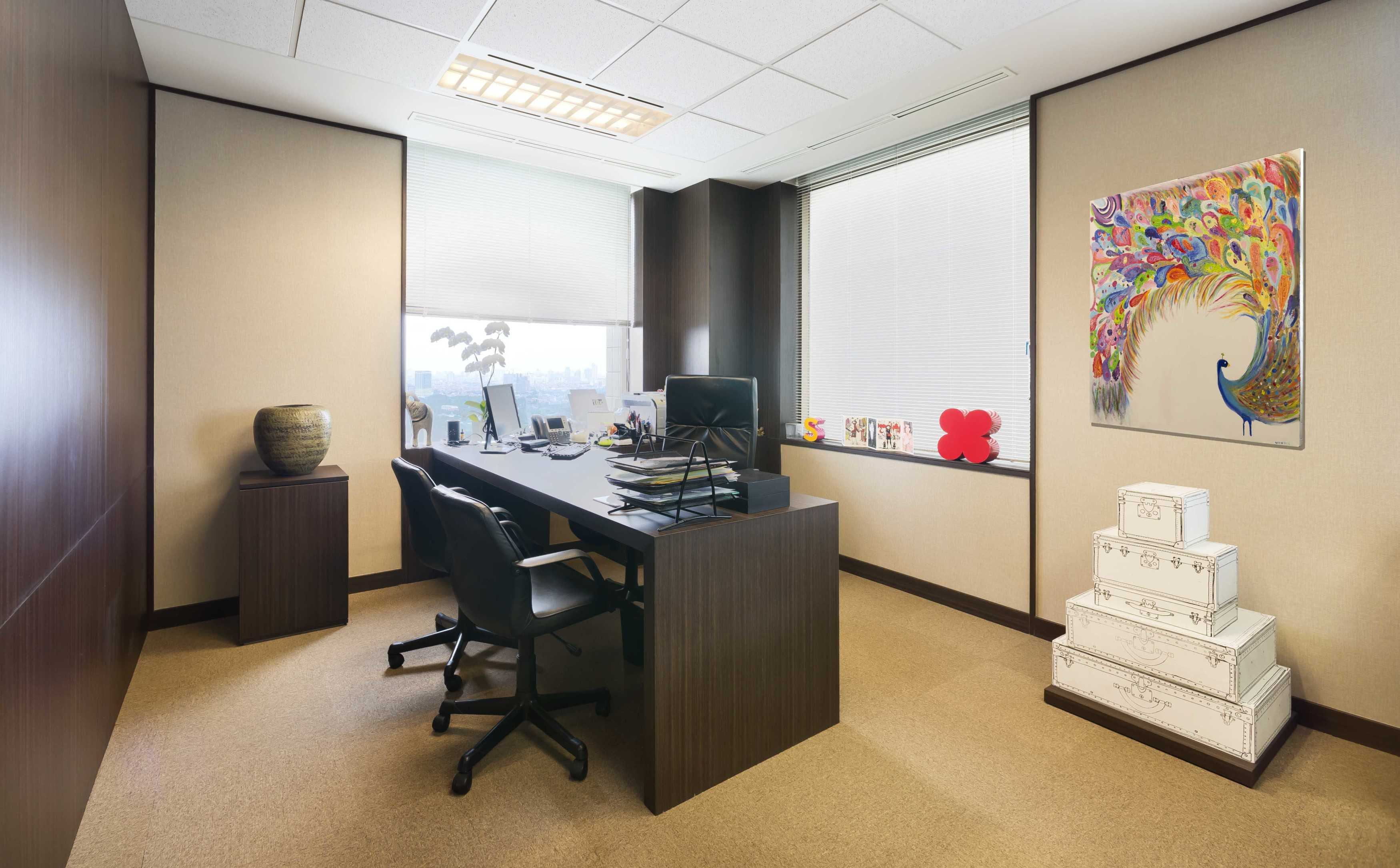 Chrystalline Artchitect Pt. Luvitasindo Office  Jakarta, Indonesia Jakarta, Indonesia Head Office Room   8473