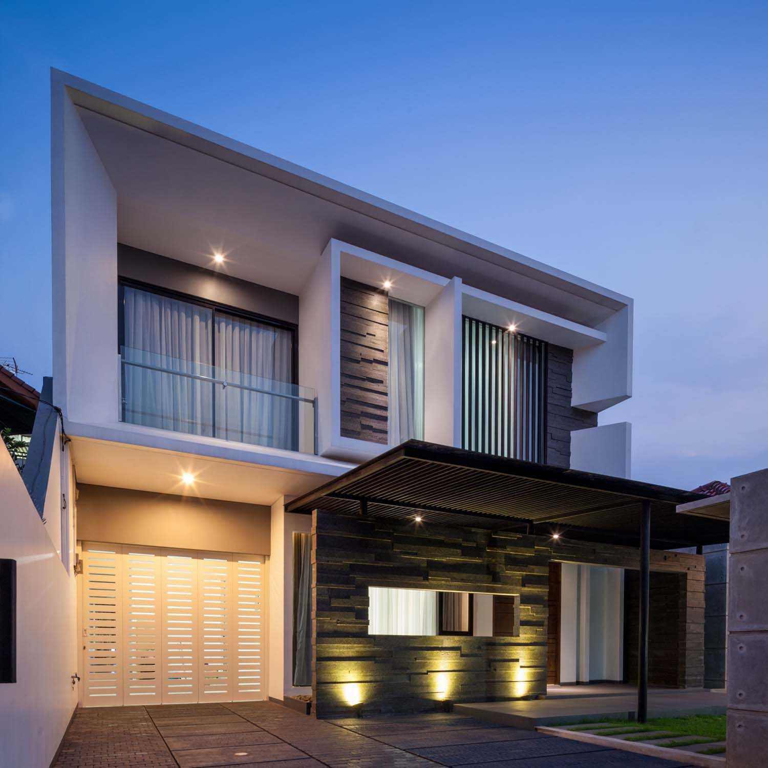 Dp+Hs Architects D+S House Jakarta, Indonesia Jakarta, Indonesia Front-View Modern  8522
