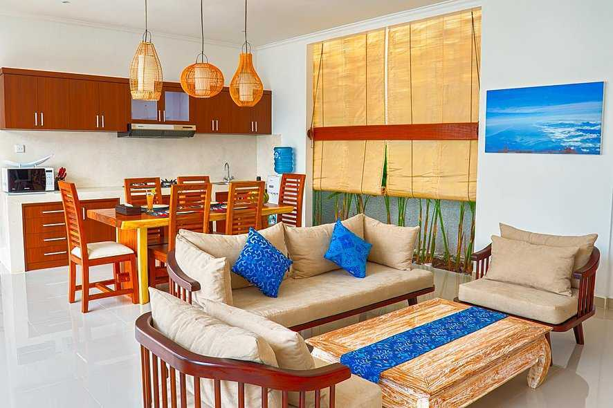 Studio Asri Pino Residence Jl. Raya Basangkasa, Seminyak, Kuta, Kabupaten Badung, Bali 80361, Indonesia Bali, Indonesia Living-And-Dining-Area   8580