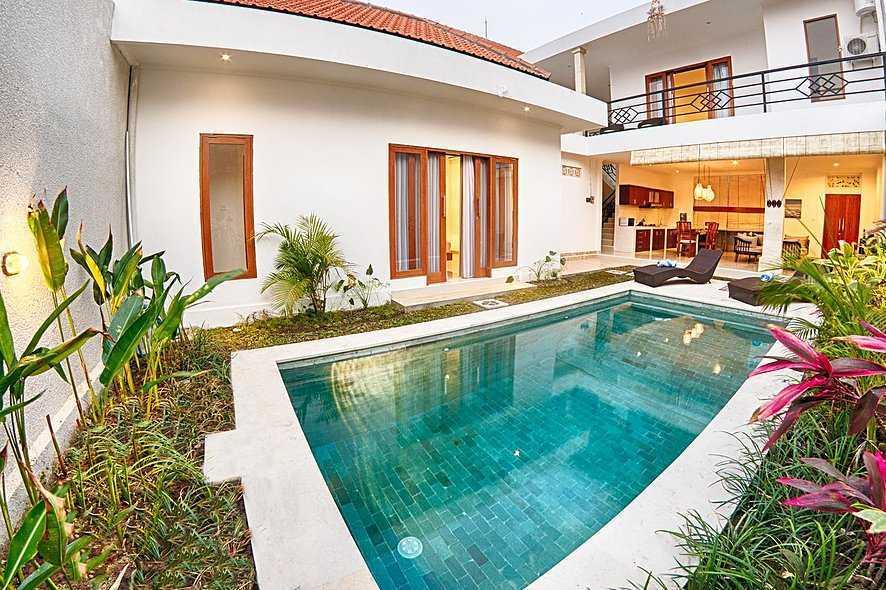 Studio Asri Pino Residence Jl. Raya Basangkasa, Seminyak, Kuta, Kabupaten Badung, Bali 80361, Indonesia Bali, Indonesia Swimming-Pool-Area   8582