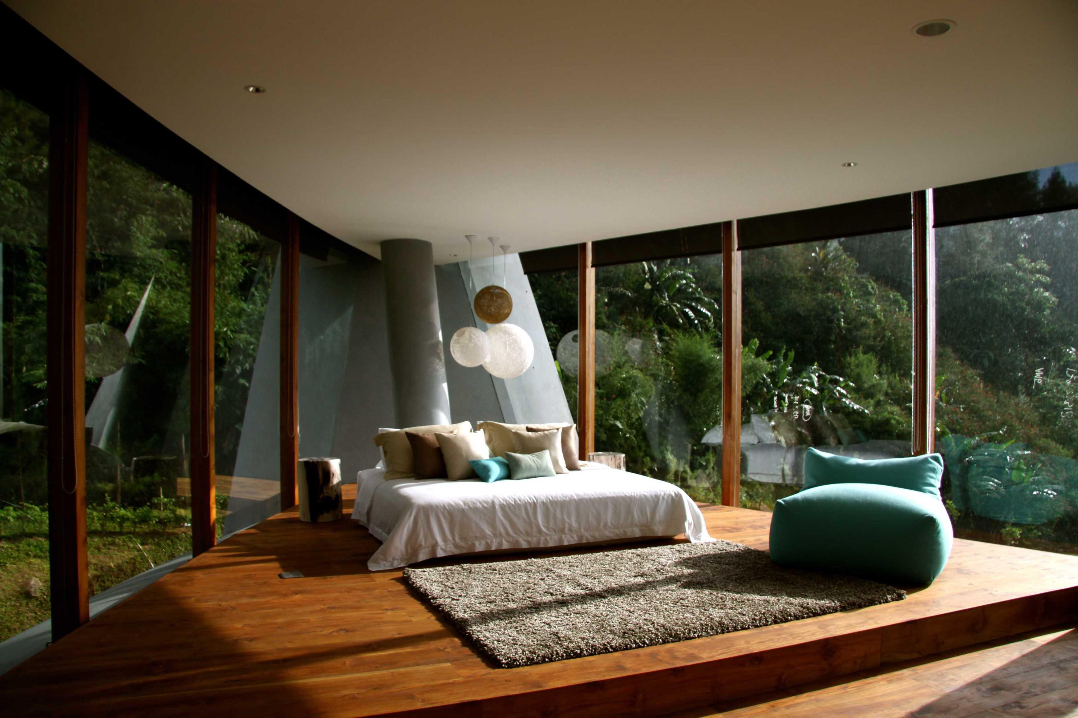 Rudy Dodo Private Villa Cilember, Puncak - Bogor Cilember, Puncak - Bogor Bedroom   9180