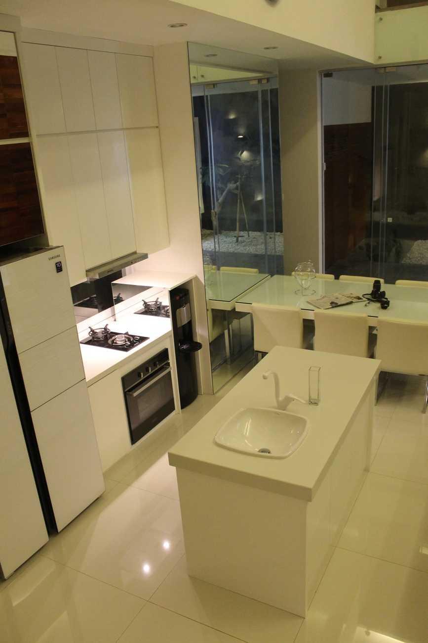 Egalite Residential Kemandoran, Jakarta Kemandoran, Jakarta Kitchen   9408