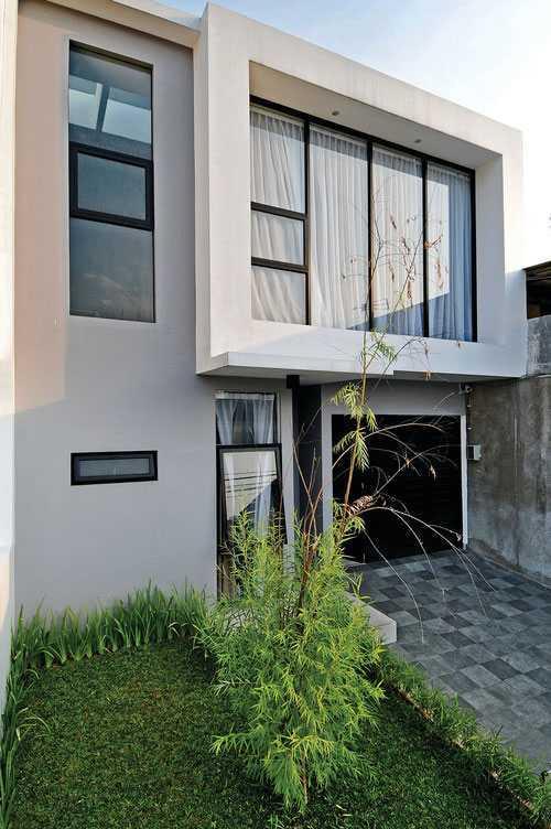 Vindo Design Urban Pop House Jakarta, Indonesia Jakarta, Indonesia Contemporary-Exterior-Web Kontemporer  21166