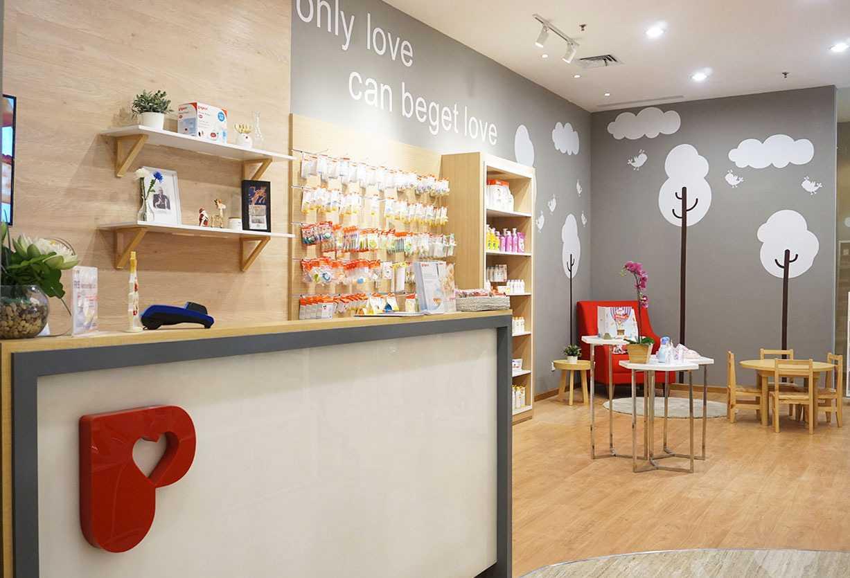 Vindo Design Pigeon Store Pacific Place Jakarta Pacific Place Jakarta Cashier Area   21177