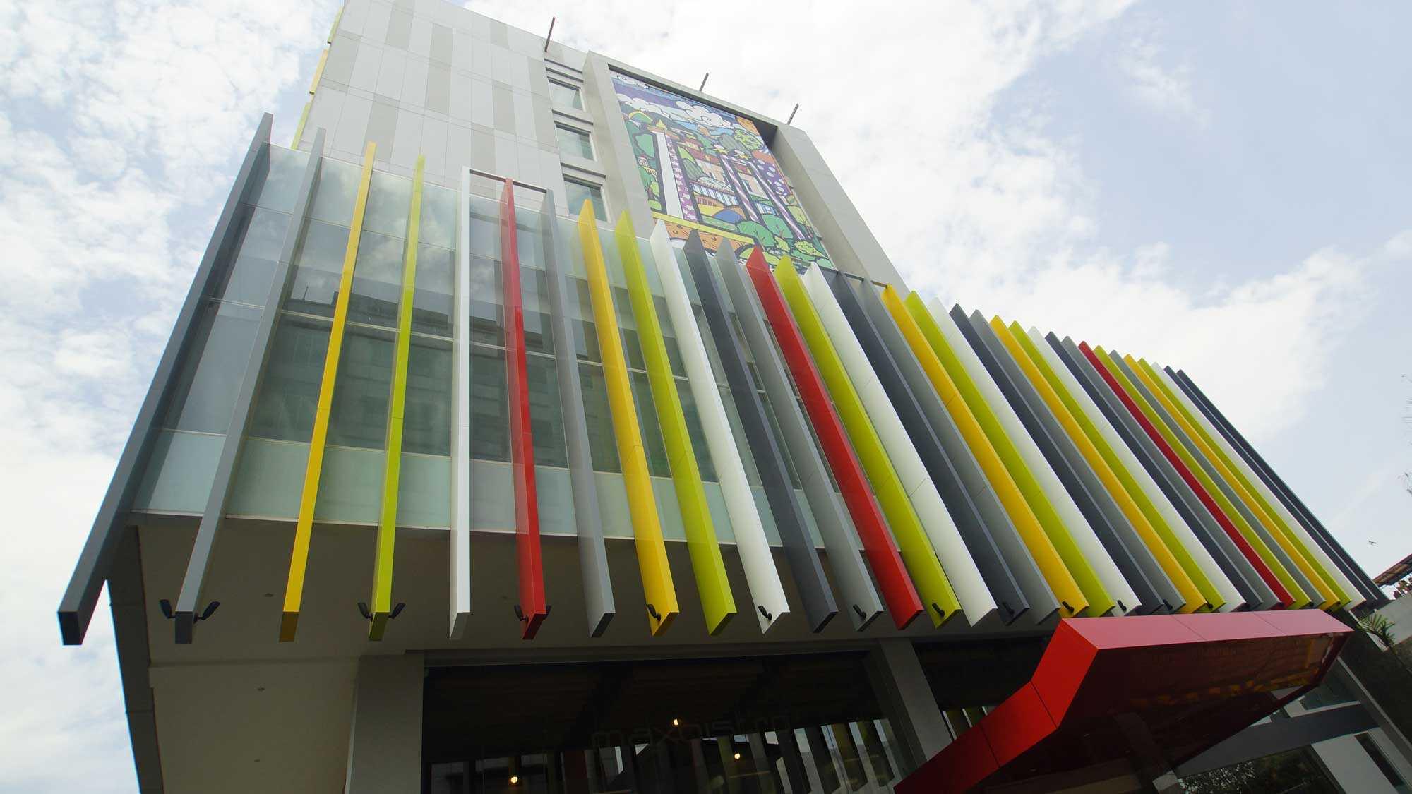 Pt. Atelier Una Indonesia Maxone Hotel Pemuda Jakarta, Indonesia Jakarta, Indonesia Facade-Facelift   9490