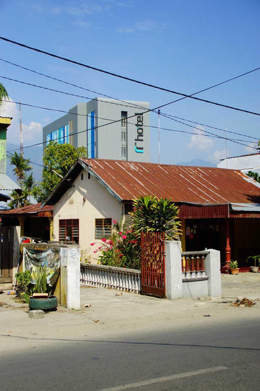 Pt. Atelier Una Indonesia Rr Hotel Palu, Cental Sulawesi, Indonesia Palu, Cental Sulawesi, Indonesia Pt-Atelier-Una-Indonesia-Rr-Hotel Modern  51902