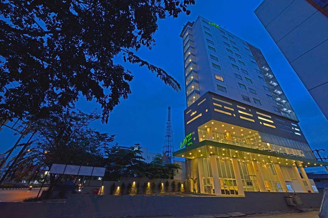 Pt. Atelier Una Indonesia Weston Hotel Pekanbaru Pekanbaru, Kota Pekanbaru, Riau, Indonesia Pekanbaru, Kota Pekanbaru, Riau, Indonesia Weston Hotel Pekanbaru - Exterior Modern  45580
