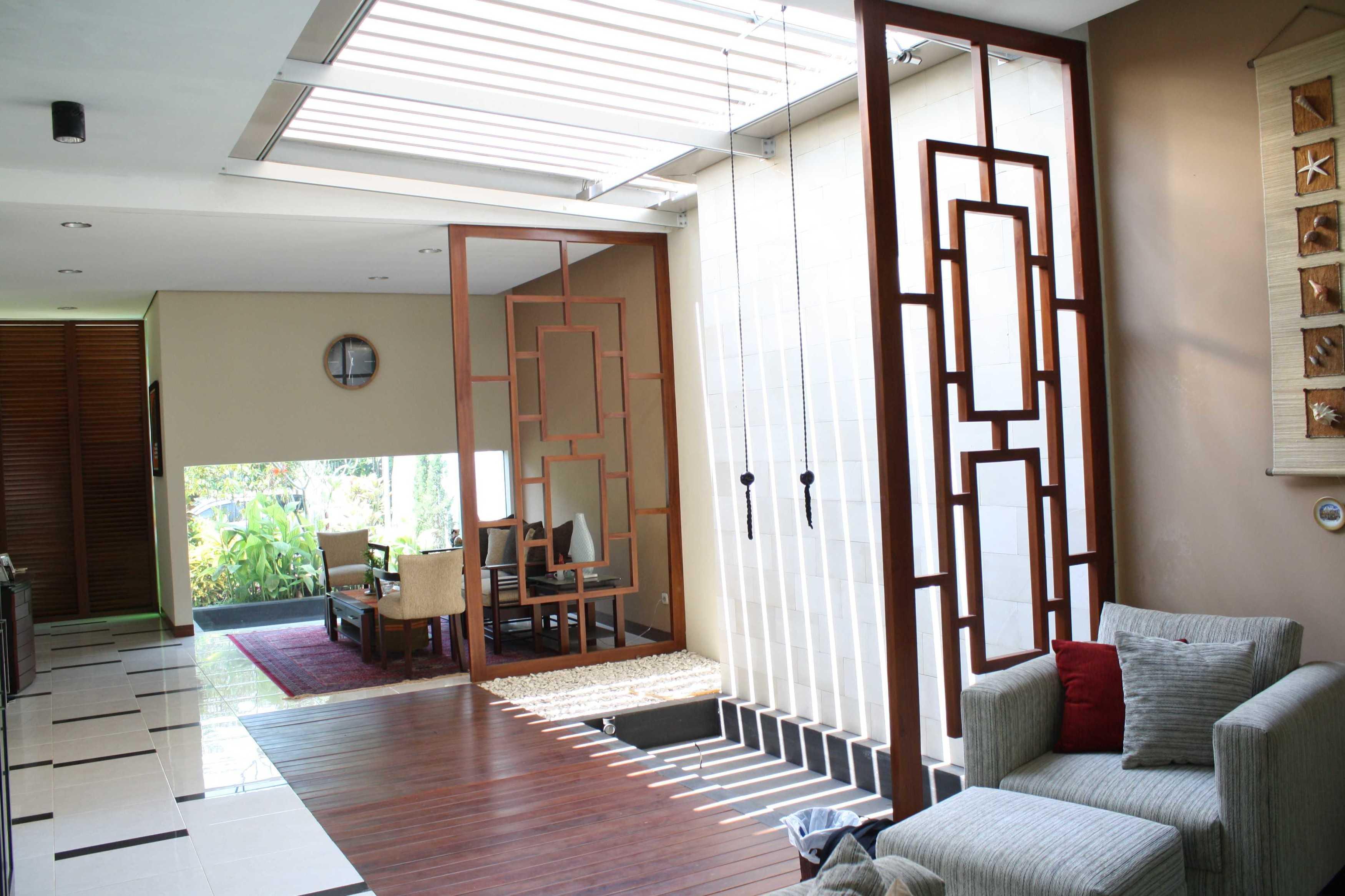 Jerry M. Febrino Ai House Jakarta, Indonesia Jakarta, Indonesia Guest Room Kontemporer  9551