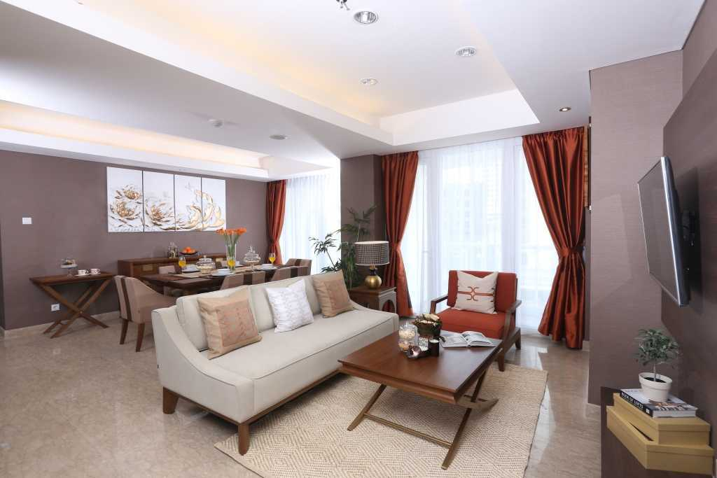 Vivere - Furniture & Home Decor Springhill Private Residence   Living Room Asian Product Featured: - Maha Sofabed - Maha Accent Chair - Maha Coffee Table - Maha Side Table 33845
