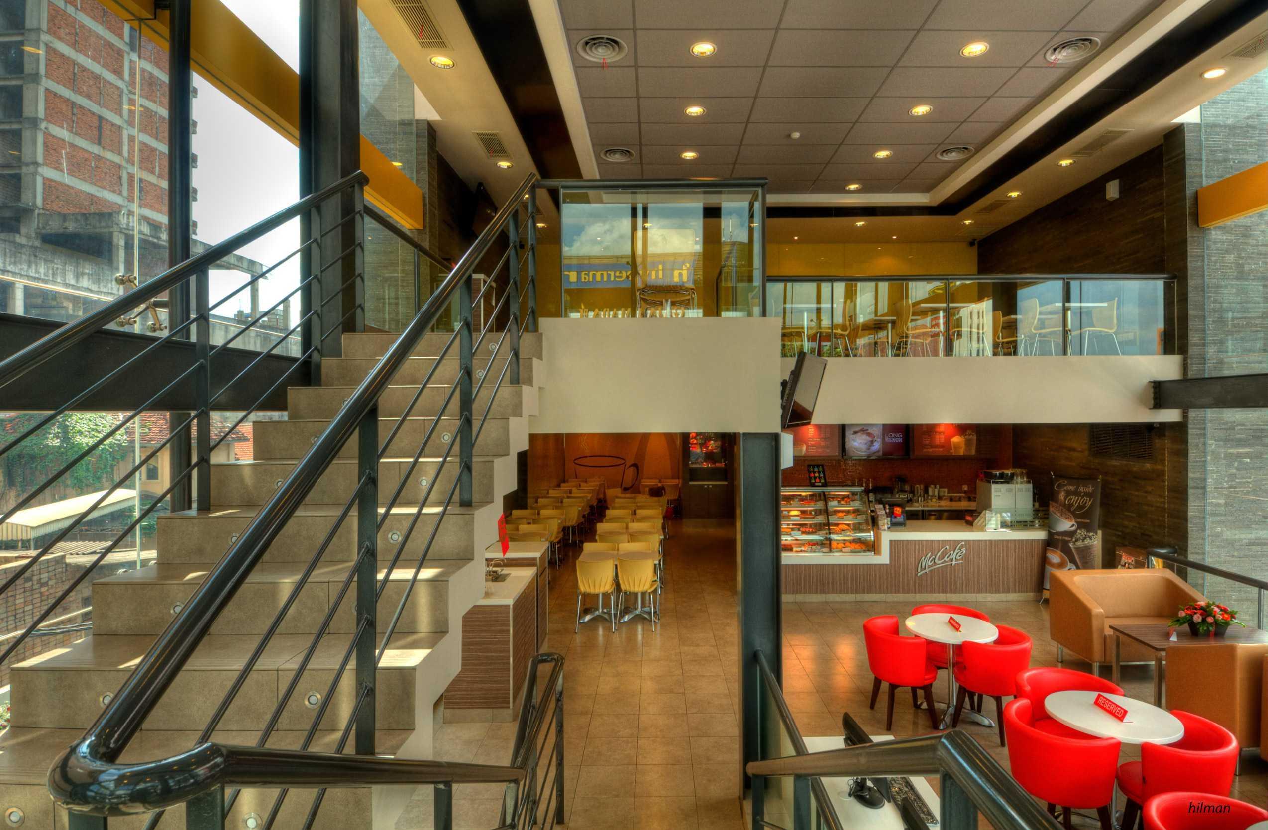 Axon90 The Design Hub Mc Donald's Hayam Wuruk, Jakarta Hayam Wuruk, Jakarta Second Floor Kontemporer  14510