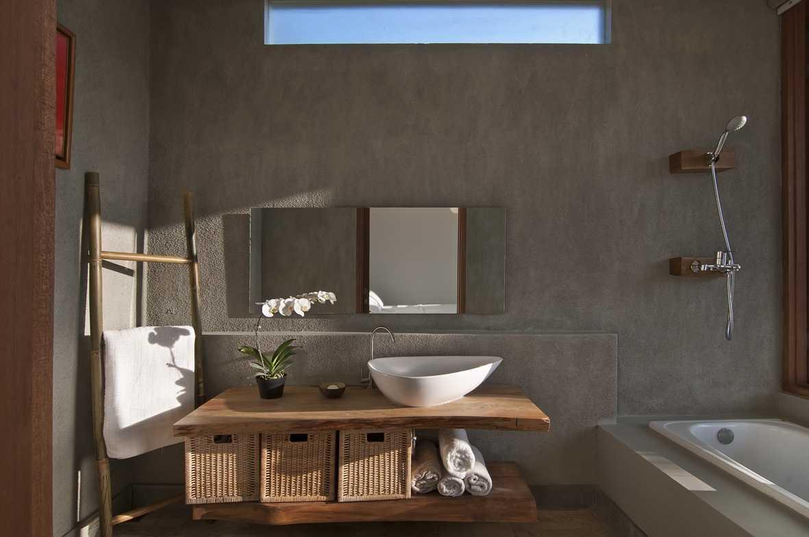 Erwin Kusuma Sunset Villa Bandung Bandung Bathroom Tropis  9679