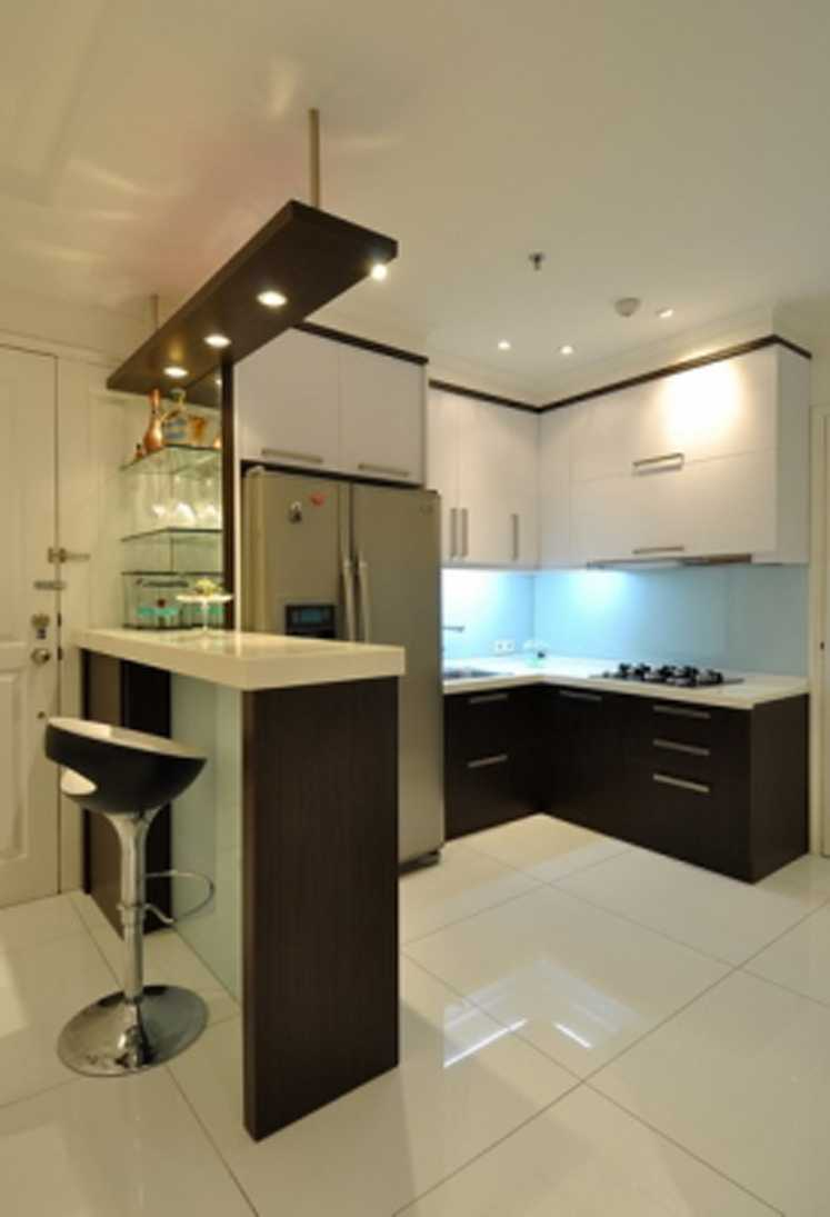 Esperta Kgs Apartment Jakarta, Indonesia Jakarta, Indonesia Pantry1   10068