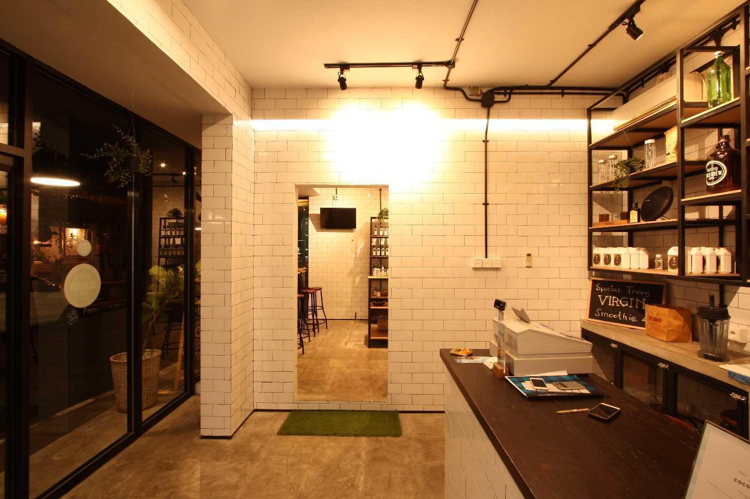 Ddap Architect Coconut Warung Shop & Cafe Ubud, Kabupaten Gianyar, Bali, Indonesia Bali Img0872 Industrial  28548