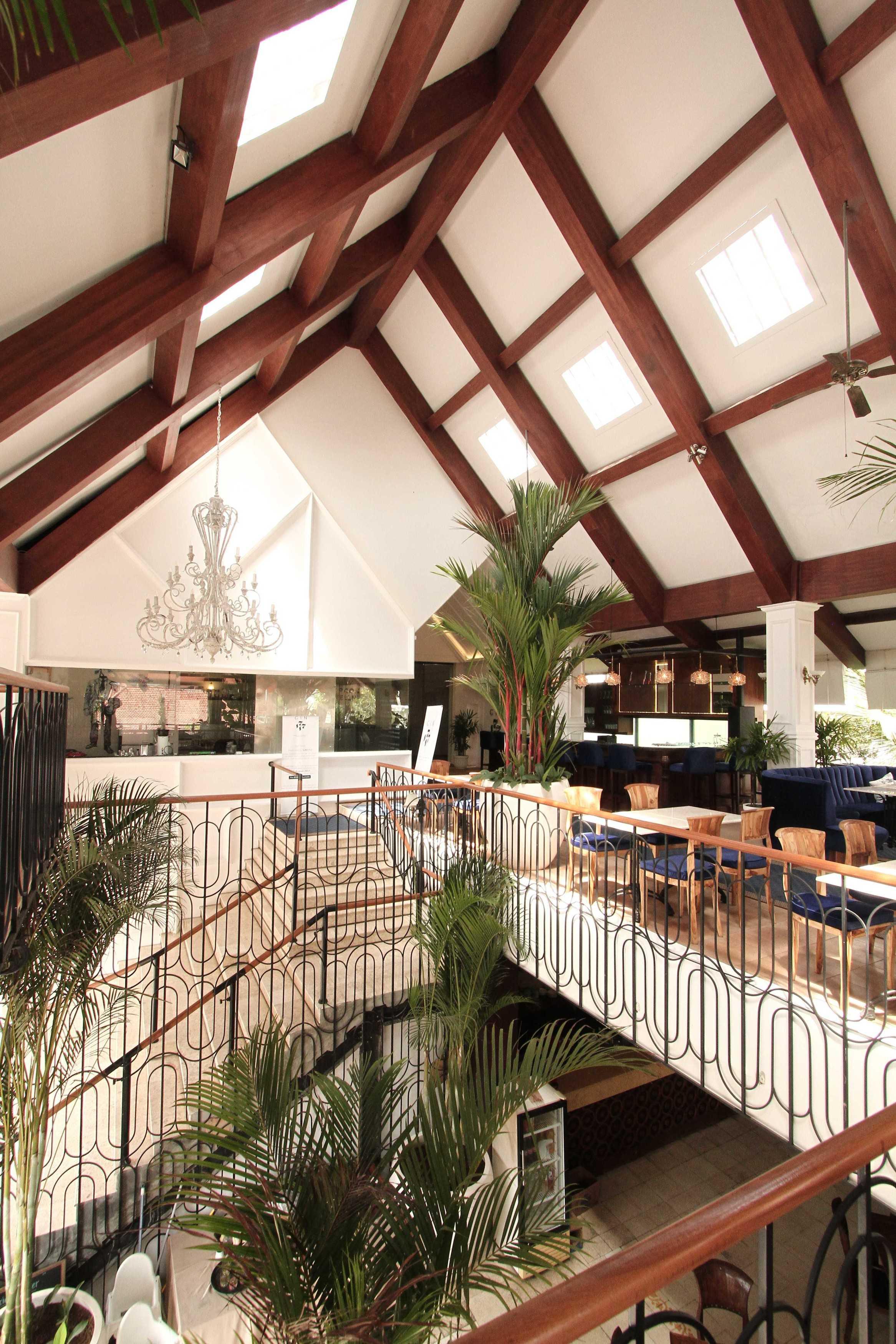 Ddap Architect Gin Bar Jl. Hanoman, Ubud, Kabupaten Gianyar, Bali 80571, Indonesia Jl. Hanoman, Ubud, Kabupaten Gianyar, Bali 80571, Indonesia Gin Bar - Dining Area   44390