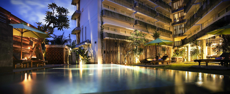 Ksad Grandmas Hotel Ngurah Rai Bali Bali Swimming Pool   10211