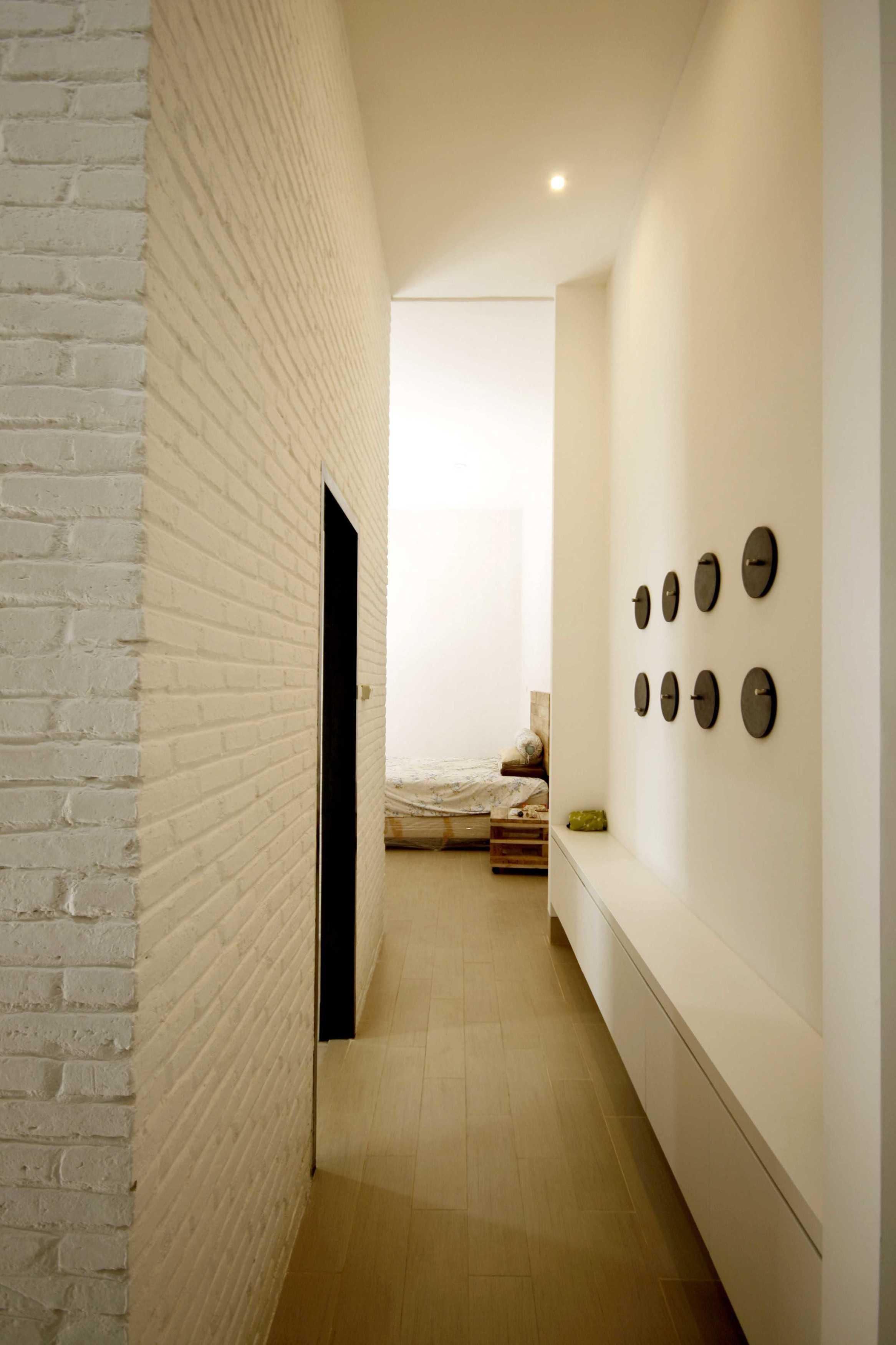 Ksad Roemah Singgah #1 Kediri, East Java, Indonesia Kediri, East Java, Indonesia Corridor Room Scandinavian  10215