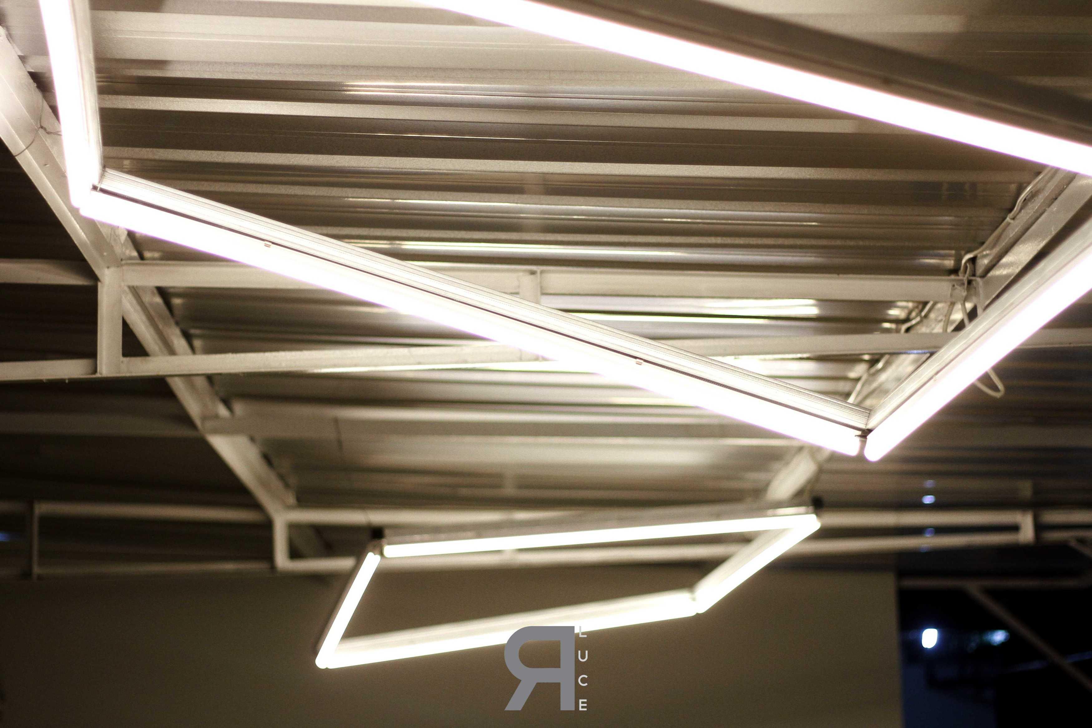 Erre Luce | Lighting+Interior A.go.go Cafe  Bandar Lampung Bandar Lampung Erreluce Custom Hanging Light   12900