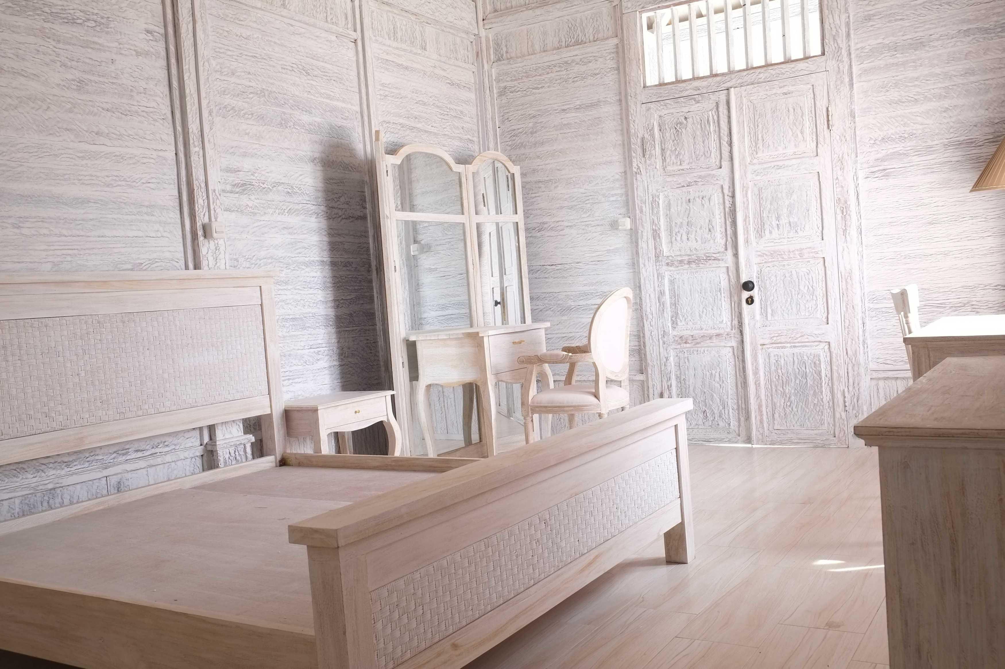 Iugo Design Villa At Lembang Bandung Bandung Bedroom Klasik  10362