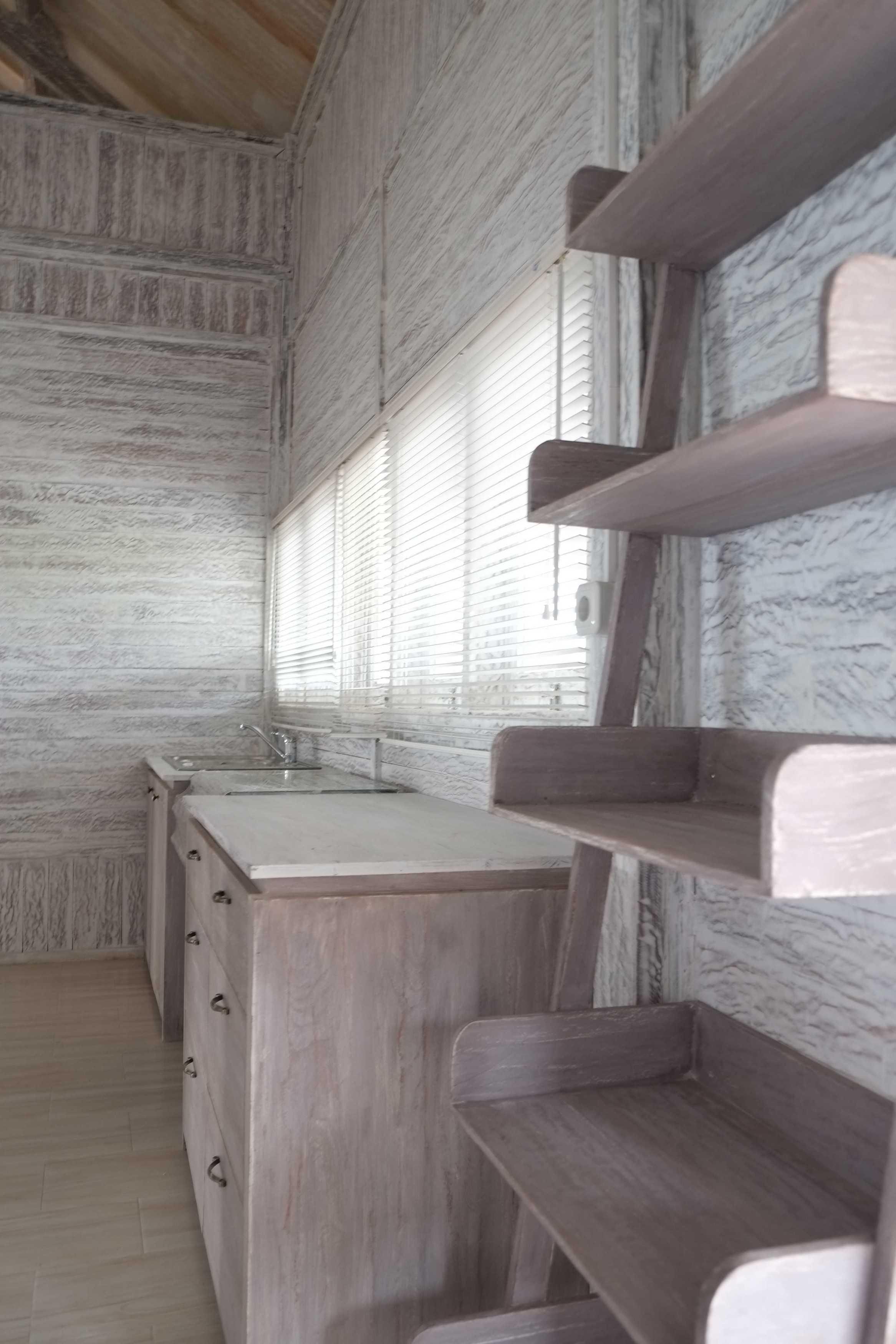 Iugo Design Villa At Lembang Bandung Bandung Kitchen Klasik  10391