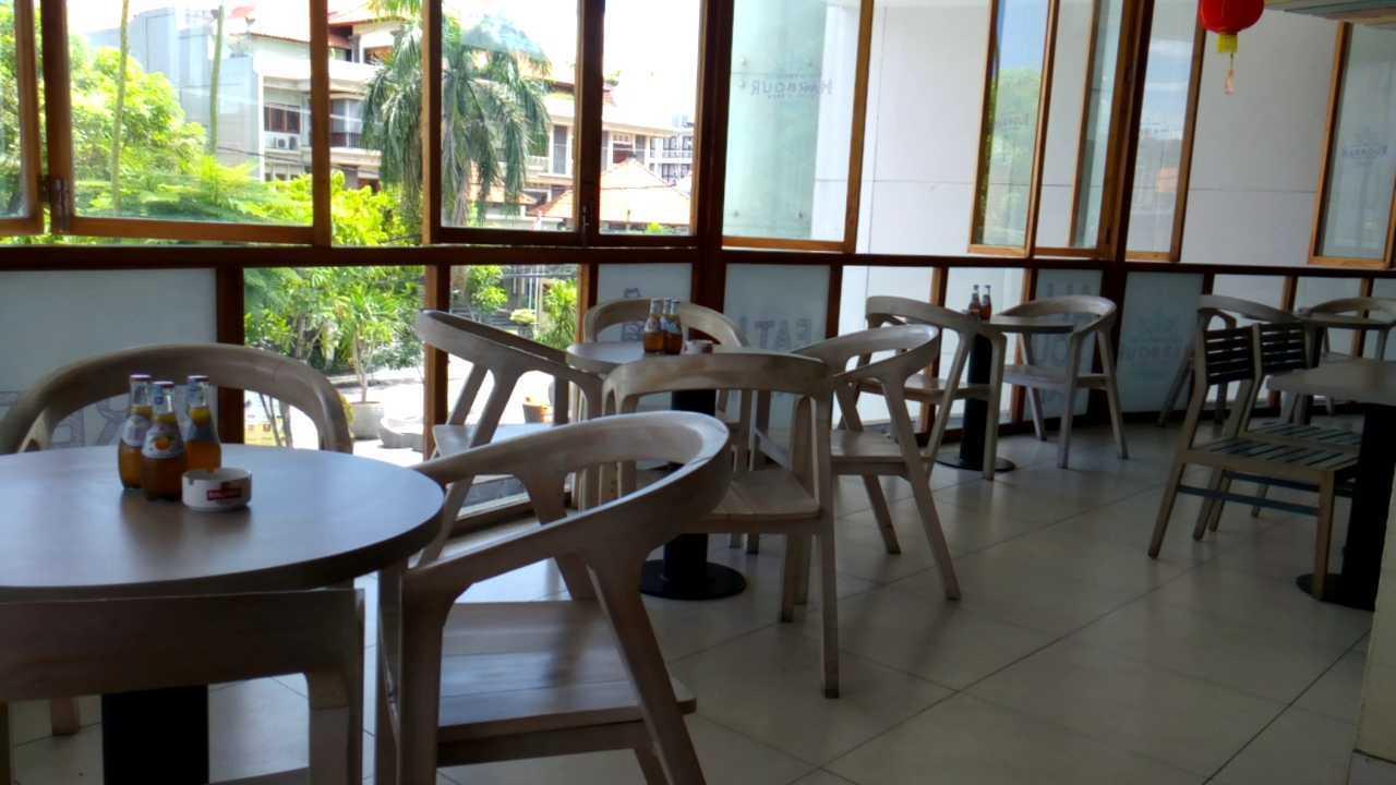 Inches Design Lippo Foodcourt Bali Bali Dining Area   23549
