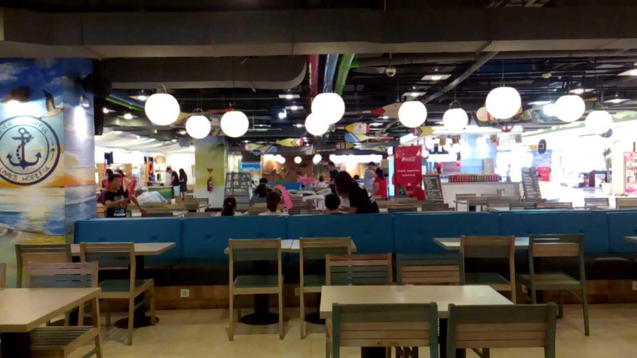 Inches Design Lippo Foodcourt Bali Bali Dining Area   23562
