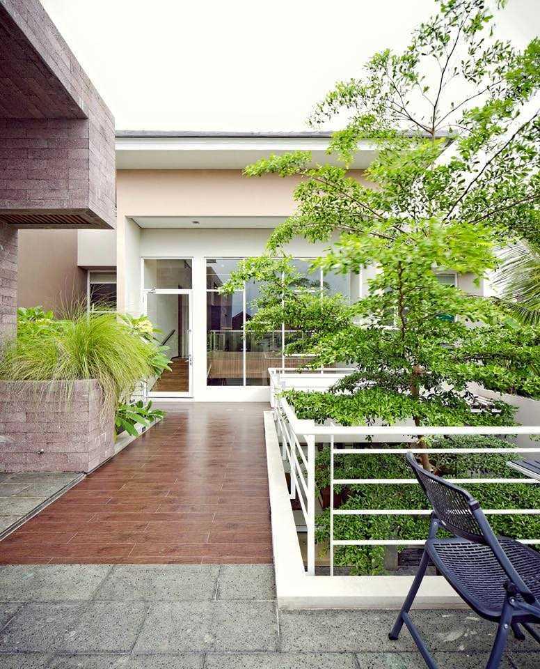 Hbarsitekplus Sagan House Yogyakarta, Indonesia Yogyakarta, Indonesia 2Nd Floor Ramp   10776