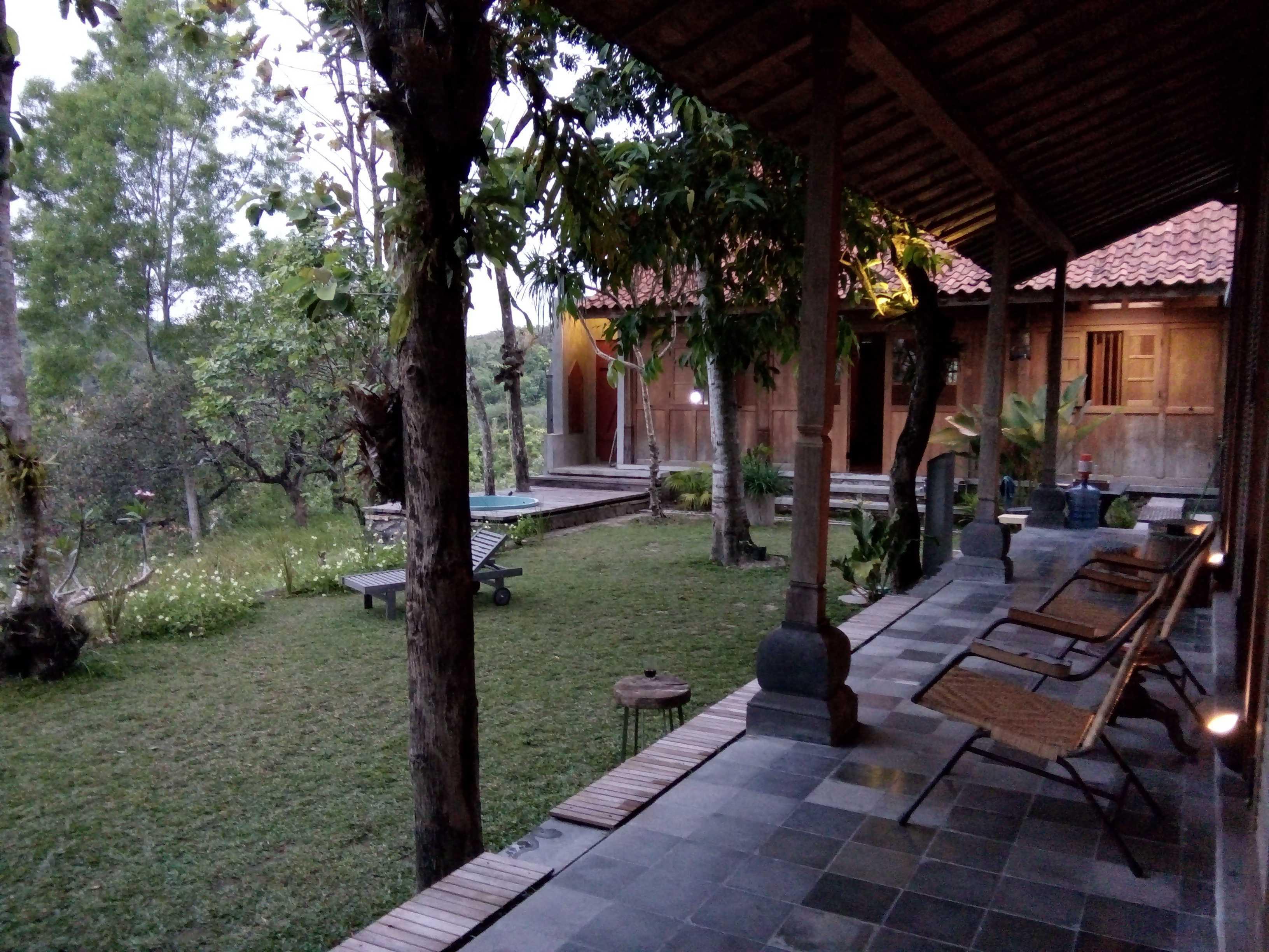 Aditya Wijaya / Studio Indirakasa Bangunjiwo House Yogyakarta Yogyakarta Terrace Tropis  16802