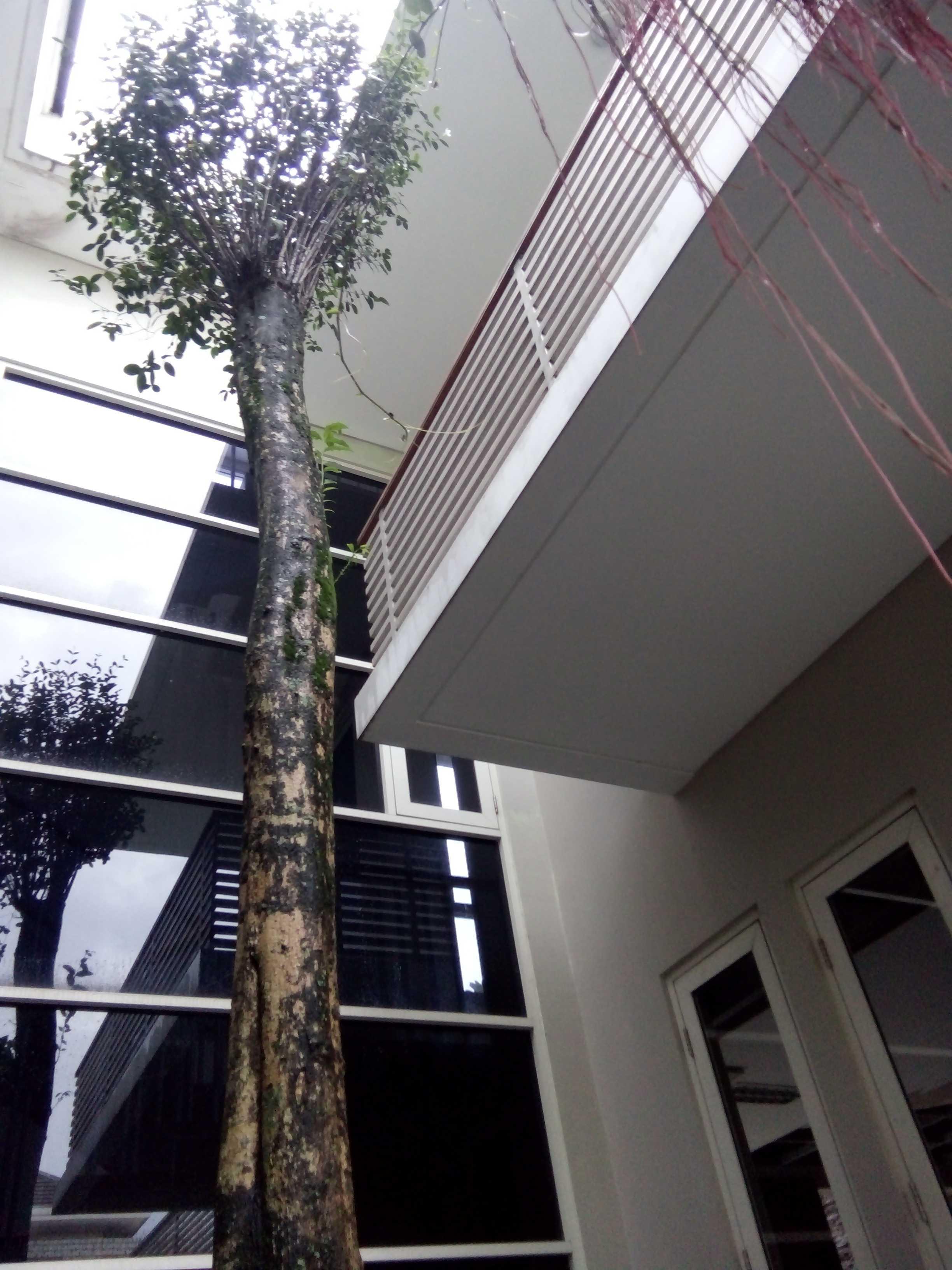 Aditya Wijaya / Studio Indirakasa 11 House Yogyakarta Yogyakarta Exterior Detail Kontemporer  17385
