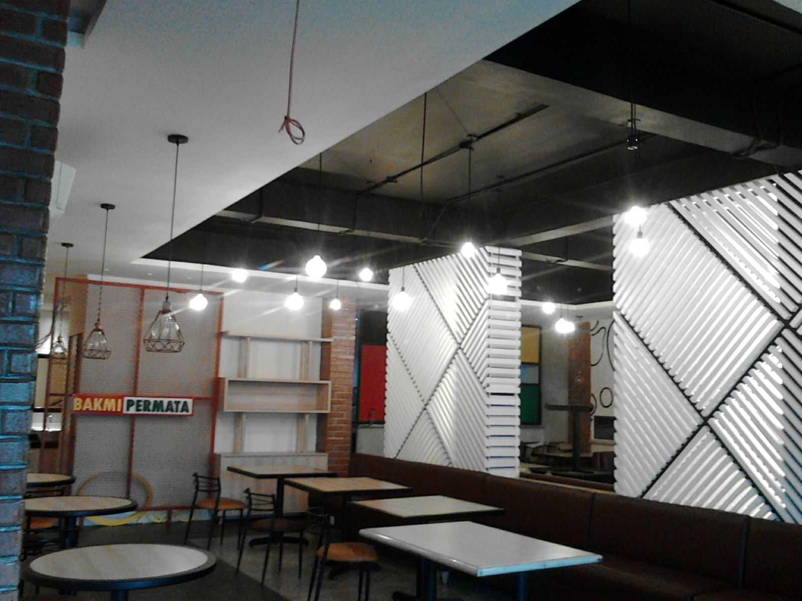 Meili Darmasetiawan Bakmi Permata Kebon Jeruk Kebon Jeruk Jakarta Kebon Jeruk Jakarta Dining Area Industrial  12799