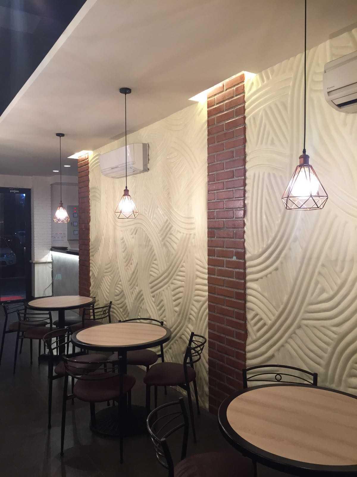 Meili Darmasetiawan Bakmi Permata Kebon Jeruk Kebon Jeruk Jakarta Kebon Jeruk Jakarta Dining Area Industrial  12803