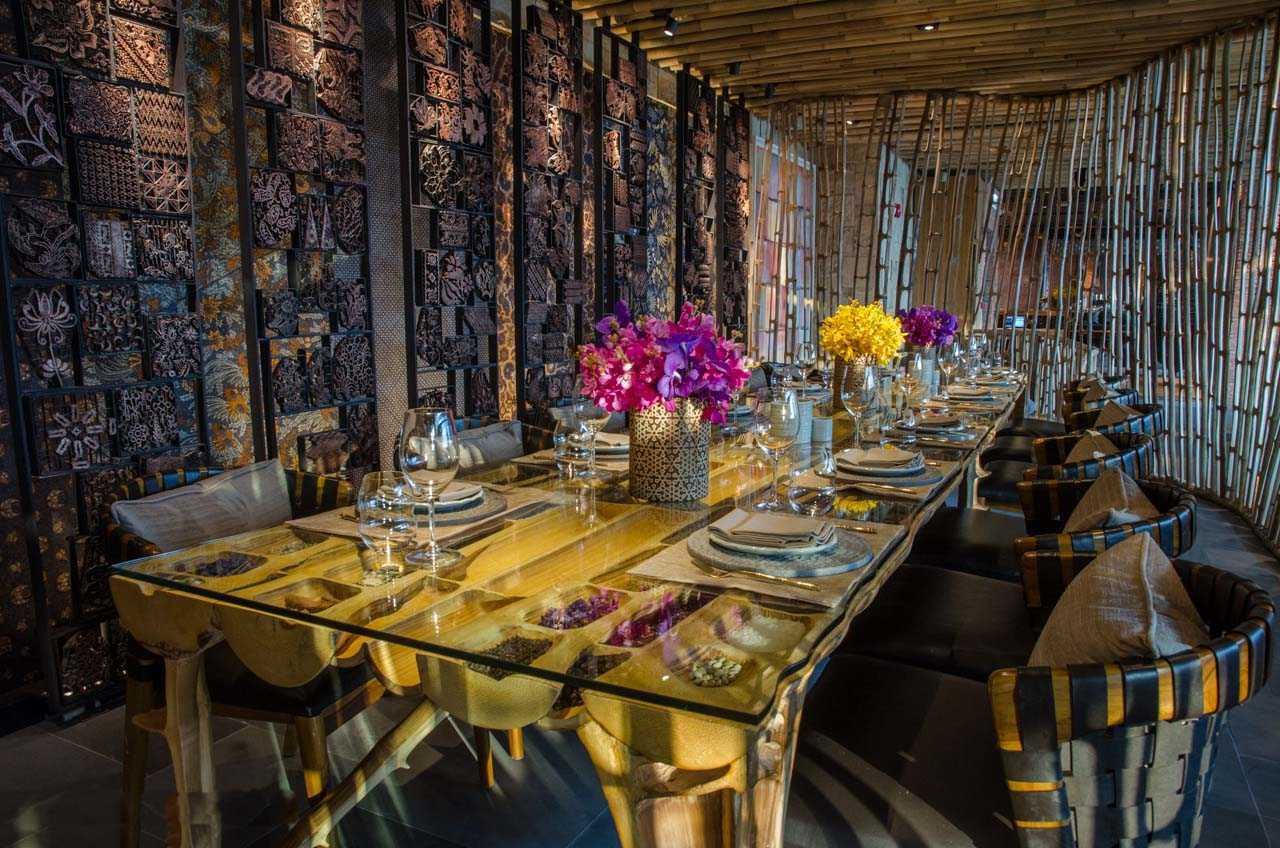 Agung Budi Raharsa | Architecture & Engineering Tri - Balinese Restaurant In Hong Kong 3Rd Floor The Pulse Building, Lido Complex, Repulse Bay, Hong Kong 3Rd Floor The Pulse Building, Lido Complex, Repulse Bay, Hong Kong Seating Area Tropis <P>Private Dinning In Daylight</p> 12221